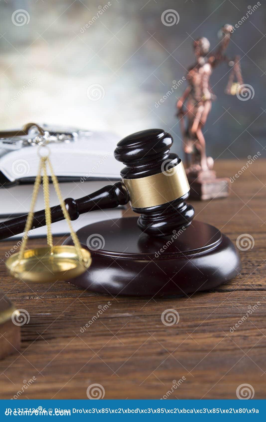 Fundo do escritório de advogados Composição dos símbolos da lei no fundo de pedra cinzento