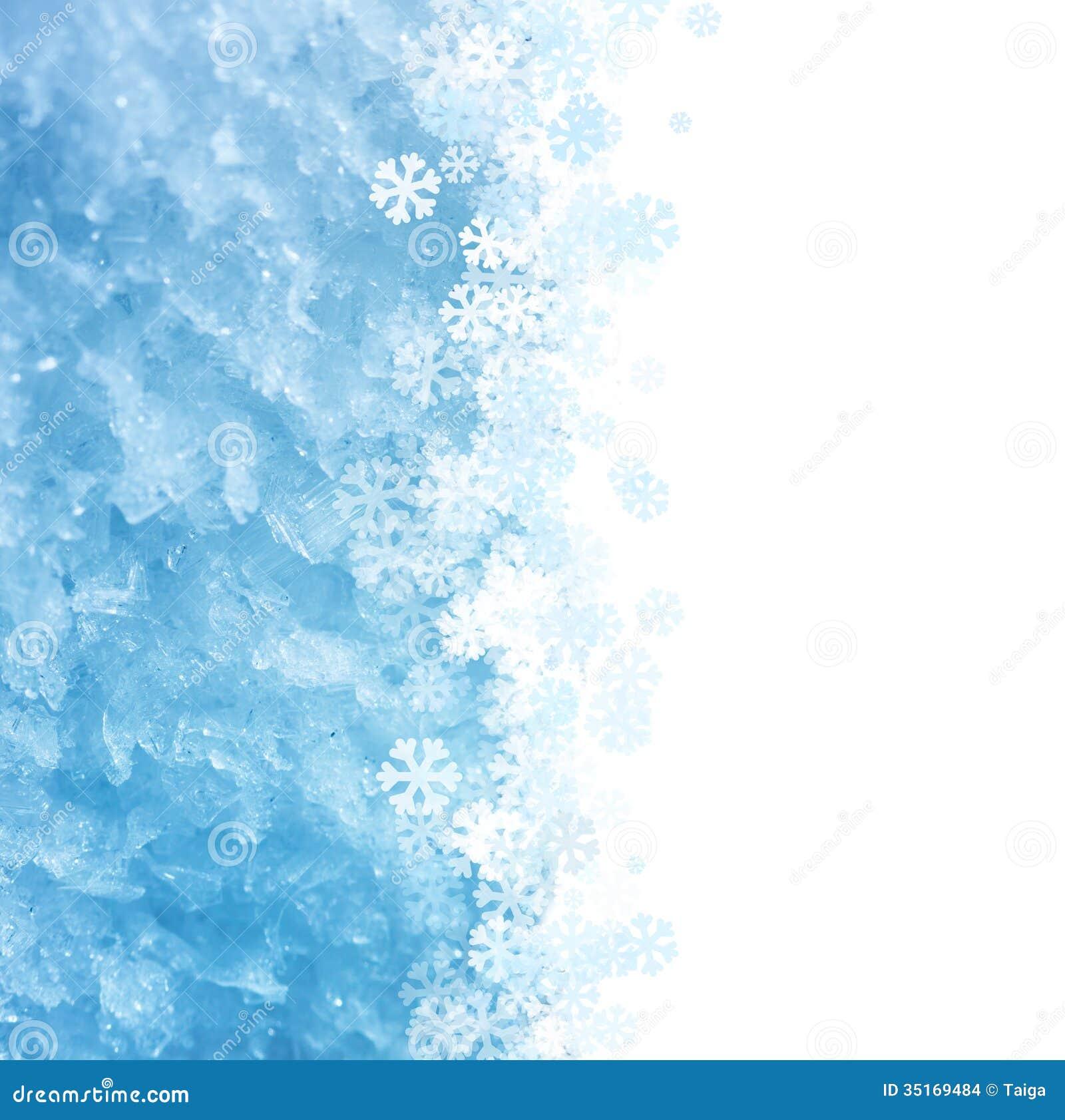 Fundo macro gelado do inverno azul com ornamento dos flocos de neve