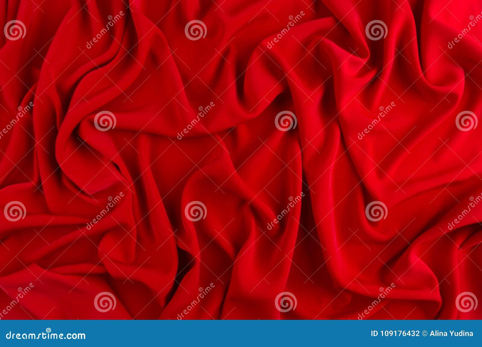 Fundo ondulado de seda vermelho Contexto da paixão para o dia de Valentim