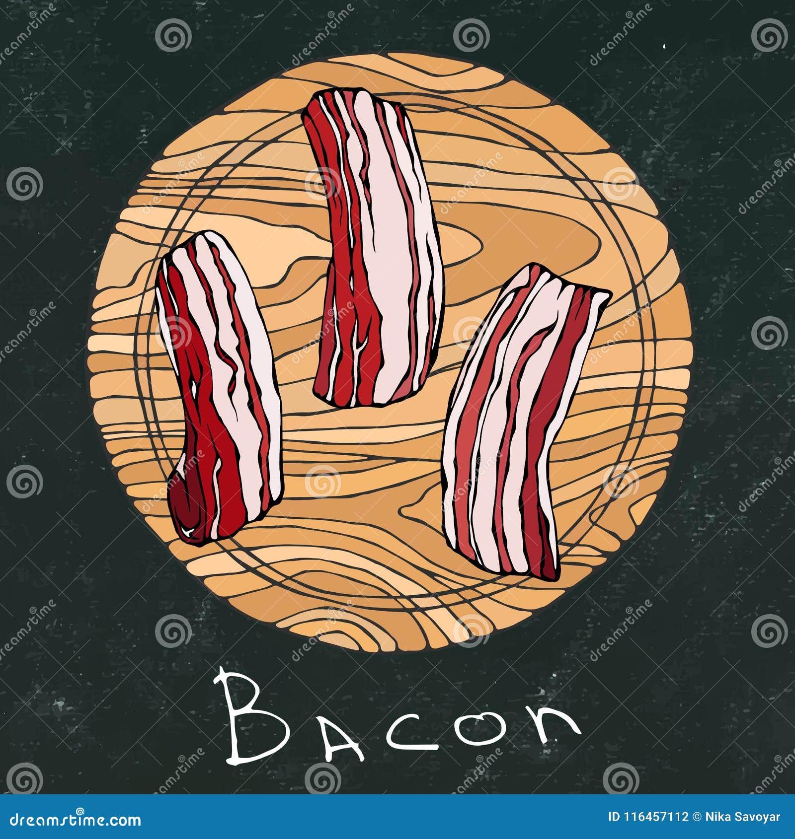 Fundo preto da placa de giz Fatias cruas do bacon em uma placa de corte de madeira redonda Corte da carne Guia da carne para o ca