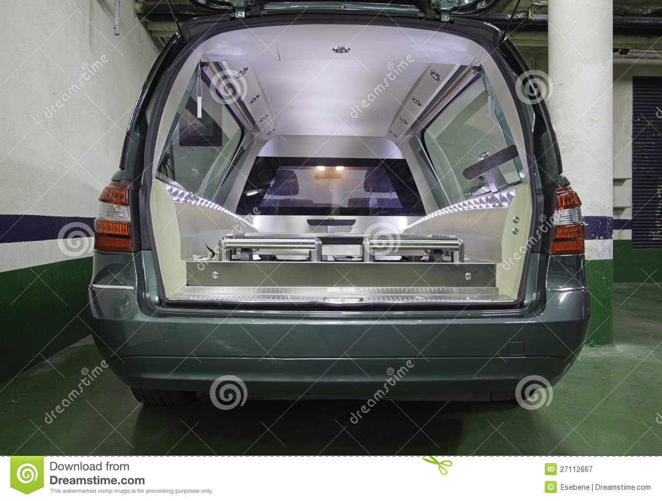 Funeral Car Royalty Free Stock Photography - Image: 27112667