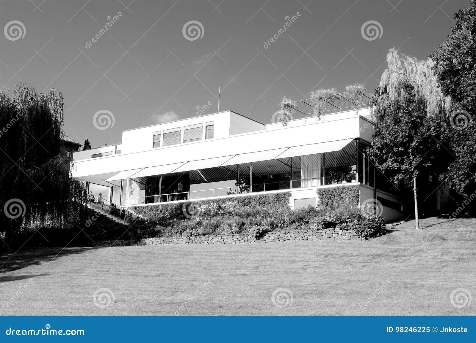 Funktionalistisches Landhaus Tugenthat in Brno in der Tschechischen Republik