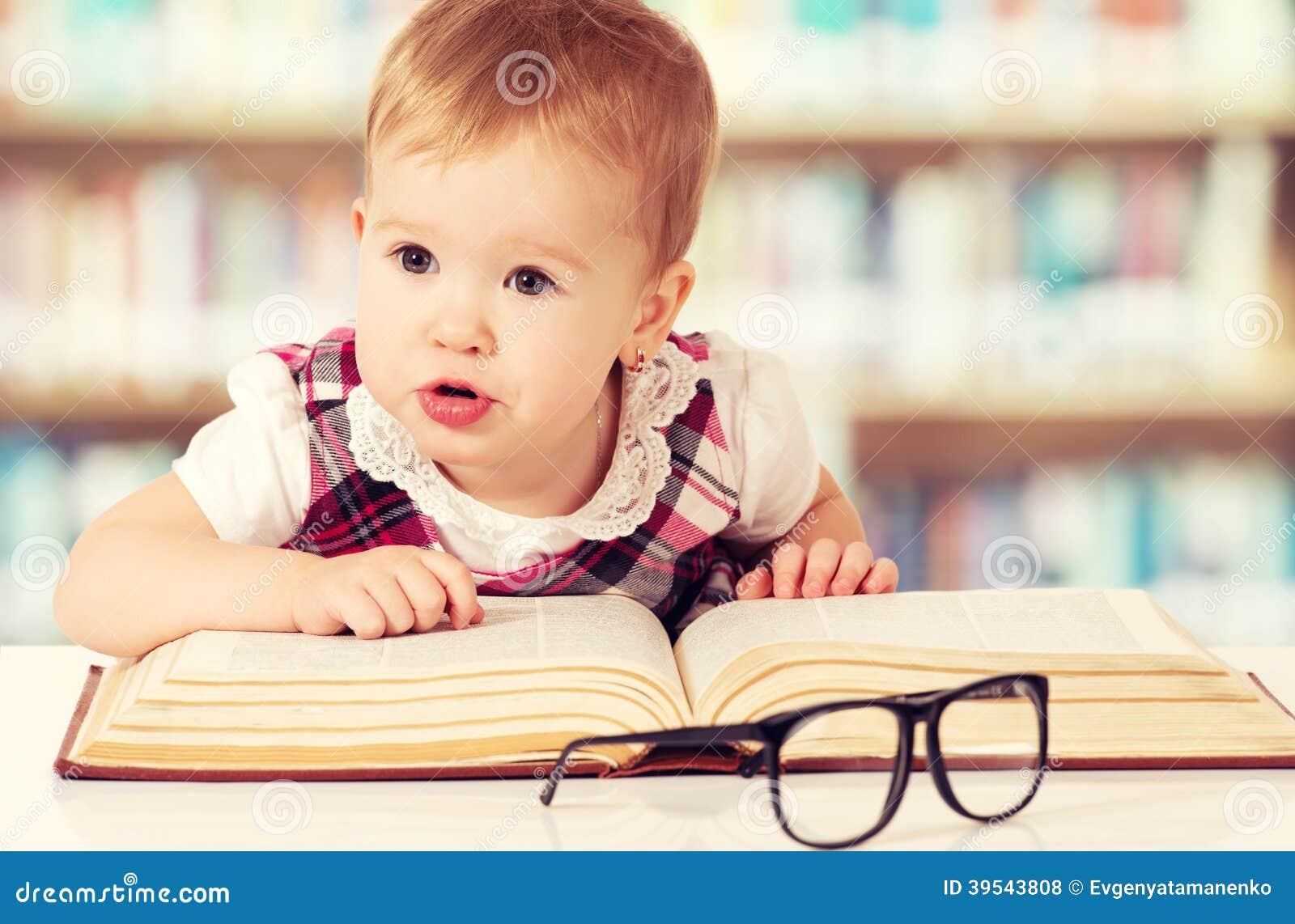 Meet Kate Hudson on the Pretty Happy Book Tour - The ... |Pretty Happy Book