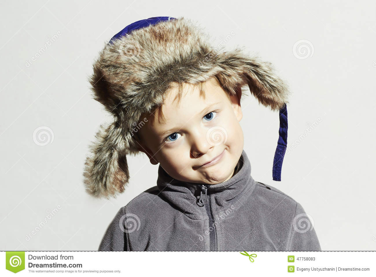 d25fb33bd60d Funny Child In Fur Hat.fashion Casual Winter Style.little Boy ...