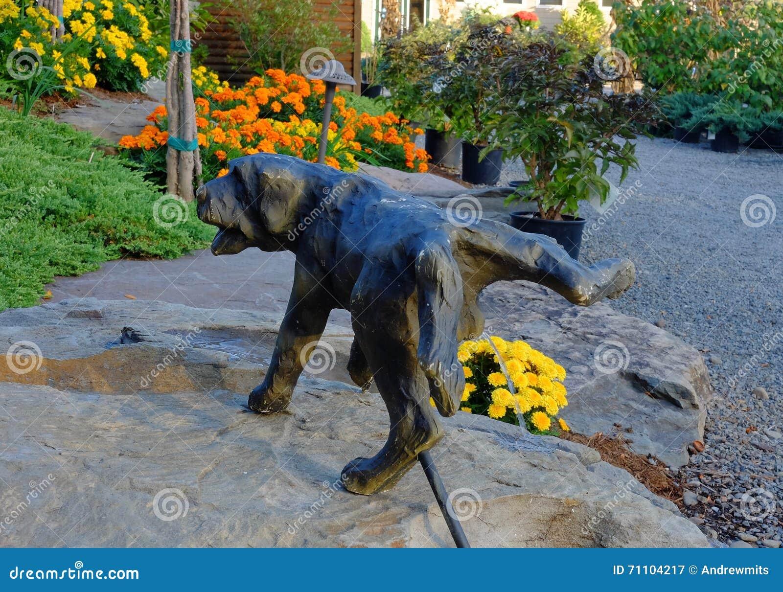 Funny Garden Statue Fountain