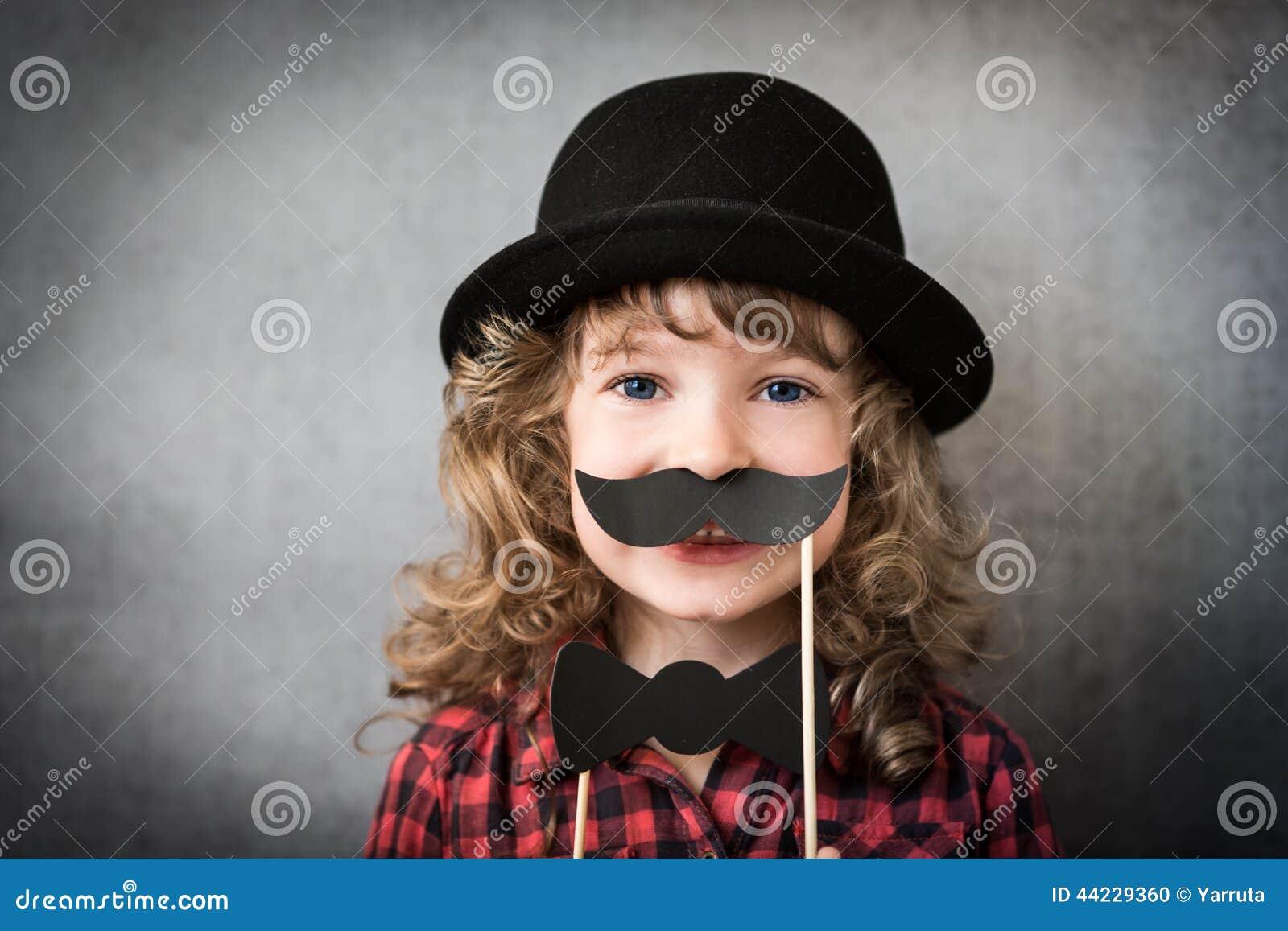 https://thumbs.dreamstime.com/z/funny-hipster-kid-studio-44229360.jpg