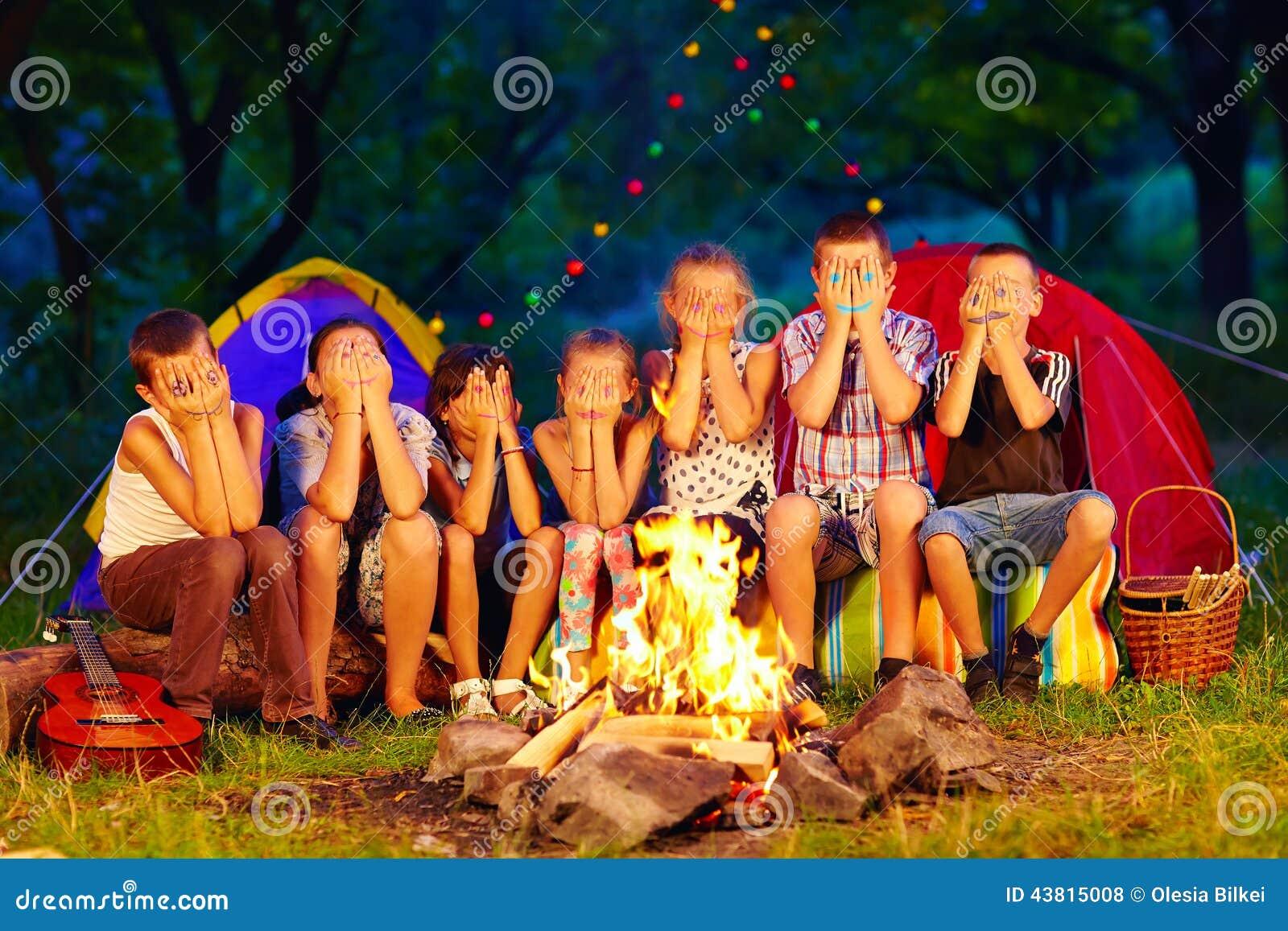 campfire at night clip art