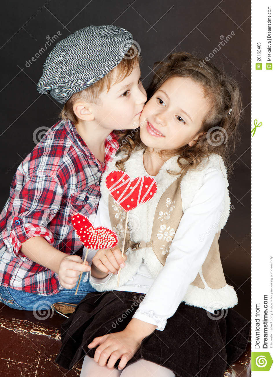cute Love Girl And Boy Wallpaper : Funny Little couple In Love Stock Image - Image: 28162409