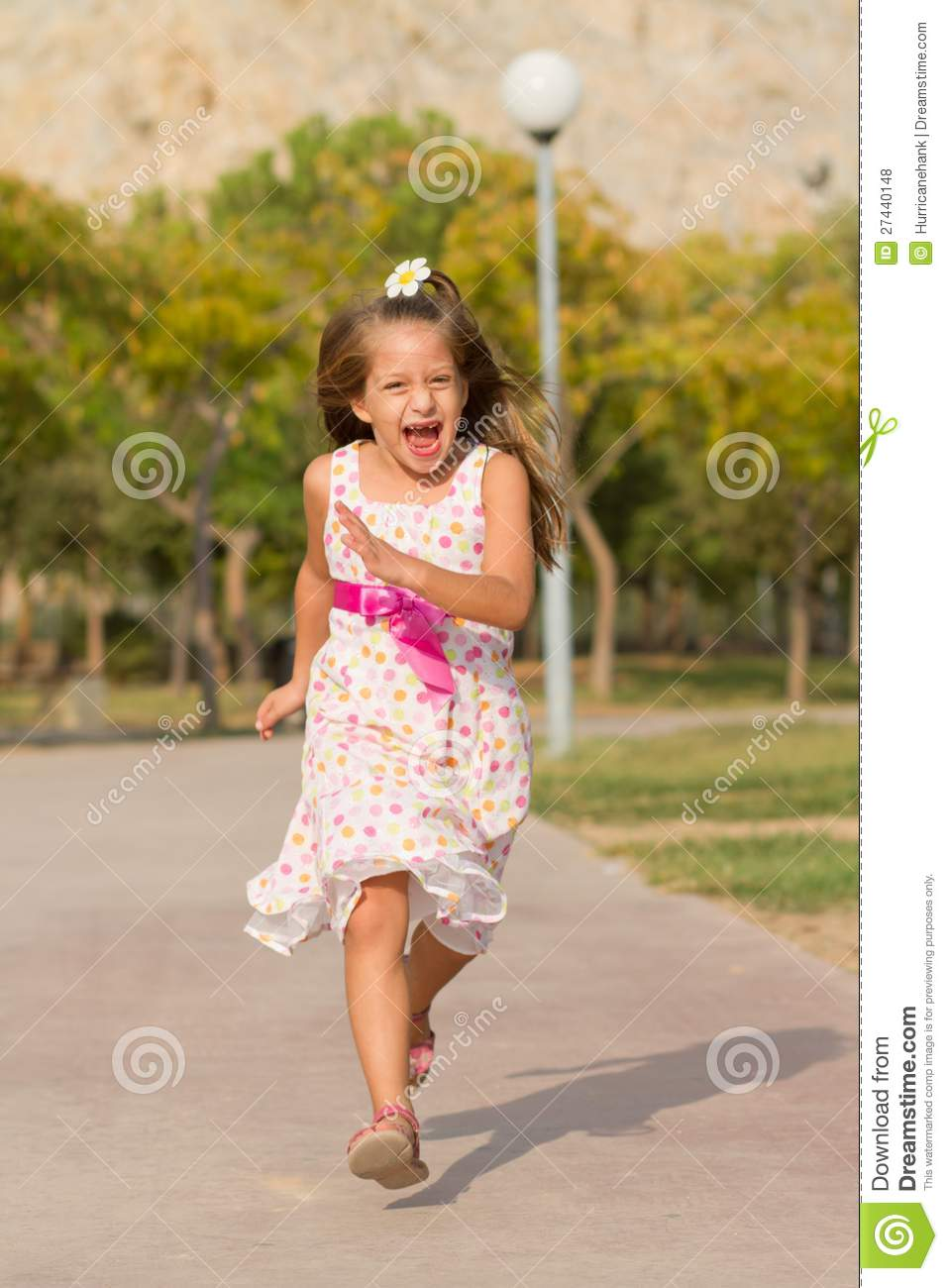 Funny Running Pictures Little Girl girls,ru,nn images - u...