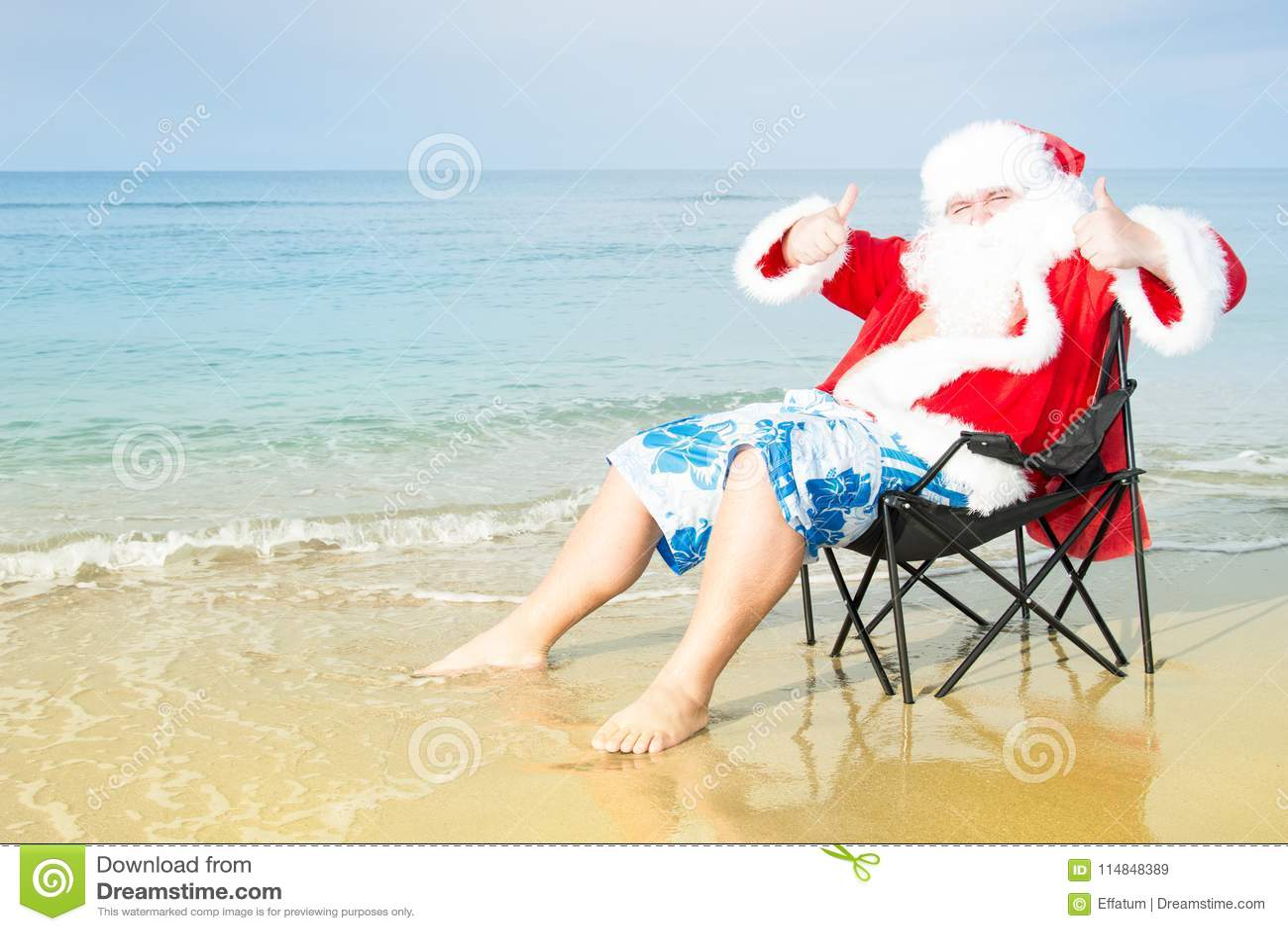 Christmas In Australia Santa.Funny Santa In Shorts On The Beach Christmas In The Tropics