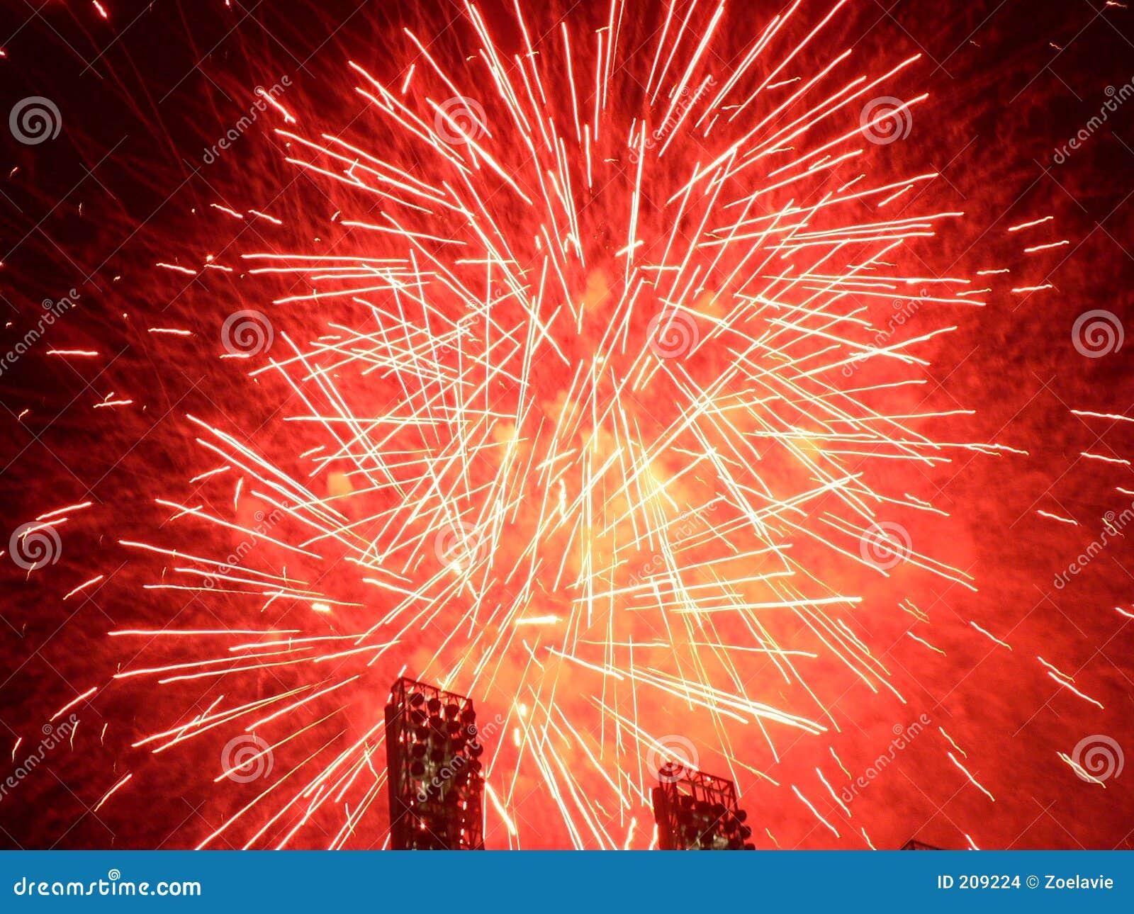 Fuochi d artificio - colore rosso