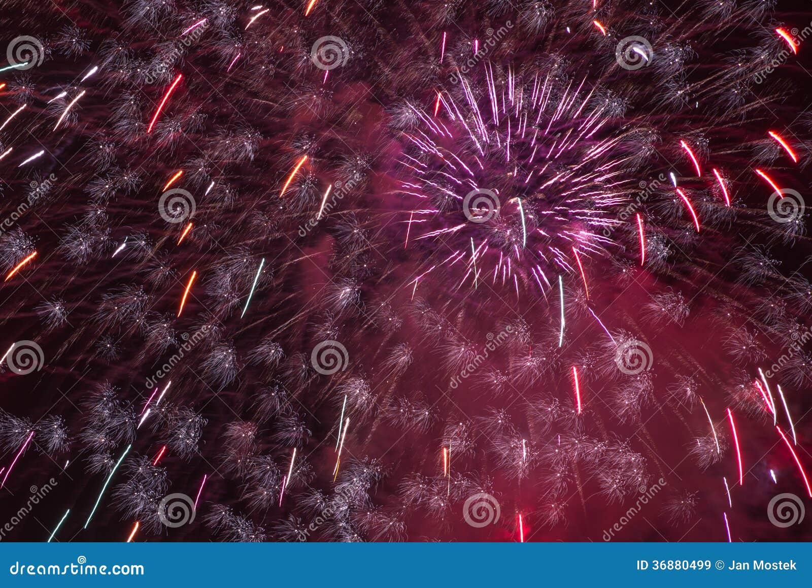 Download Fuochi D'artificio Del Castello Di Praga Immagine Stock - Immagine di naturalizzato, coltura: 36880499