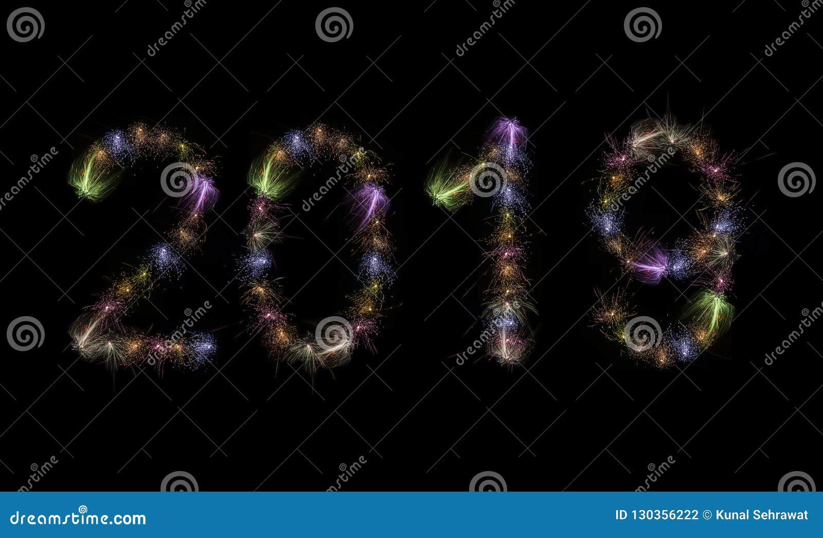 2019 fuochi d artificio variopinti mandano un sms a di alta risoluzione
