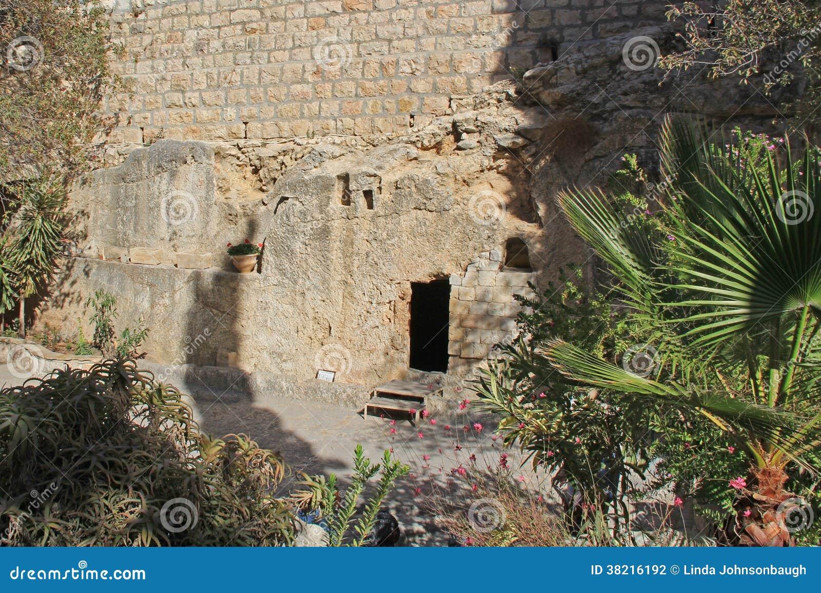 Fuori della tomba di Gesù