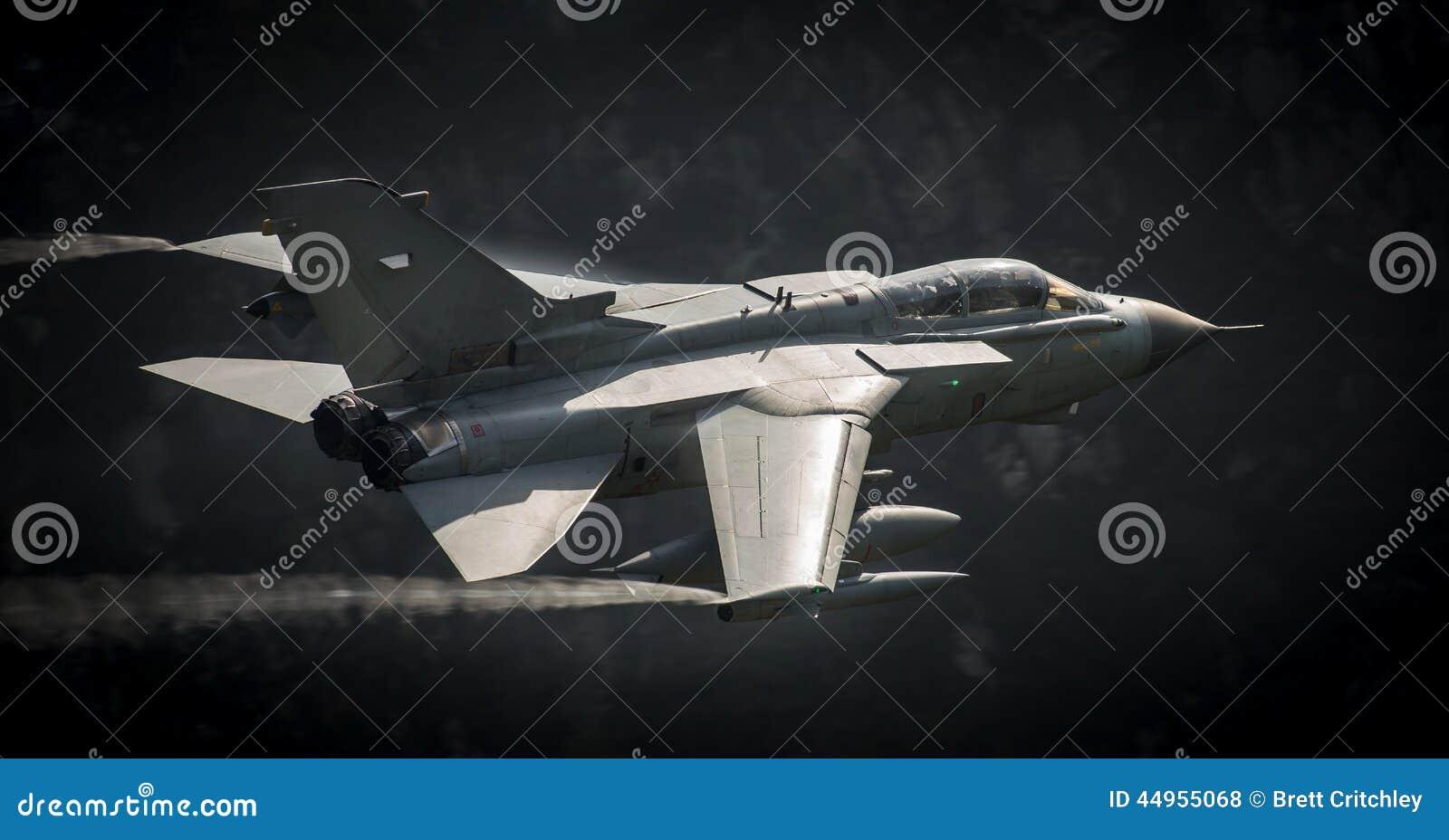Furacão dos aviões de combate