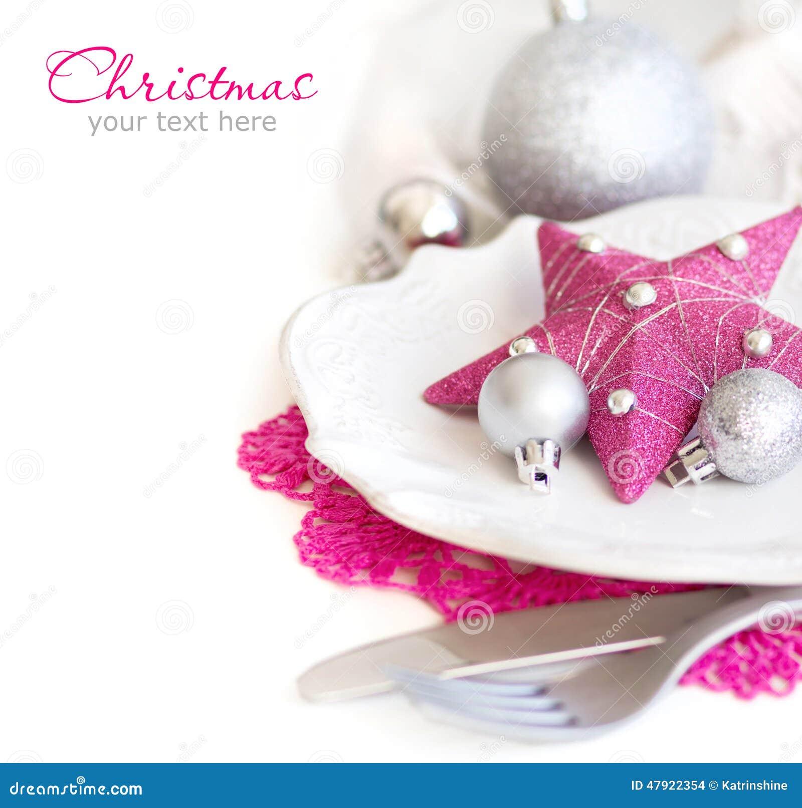 Fuschia Pink Christmas Table Setting