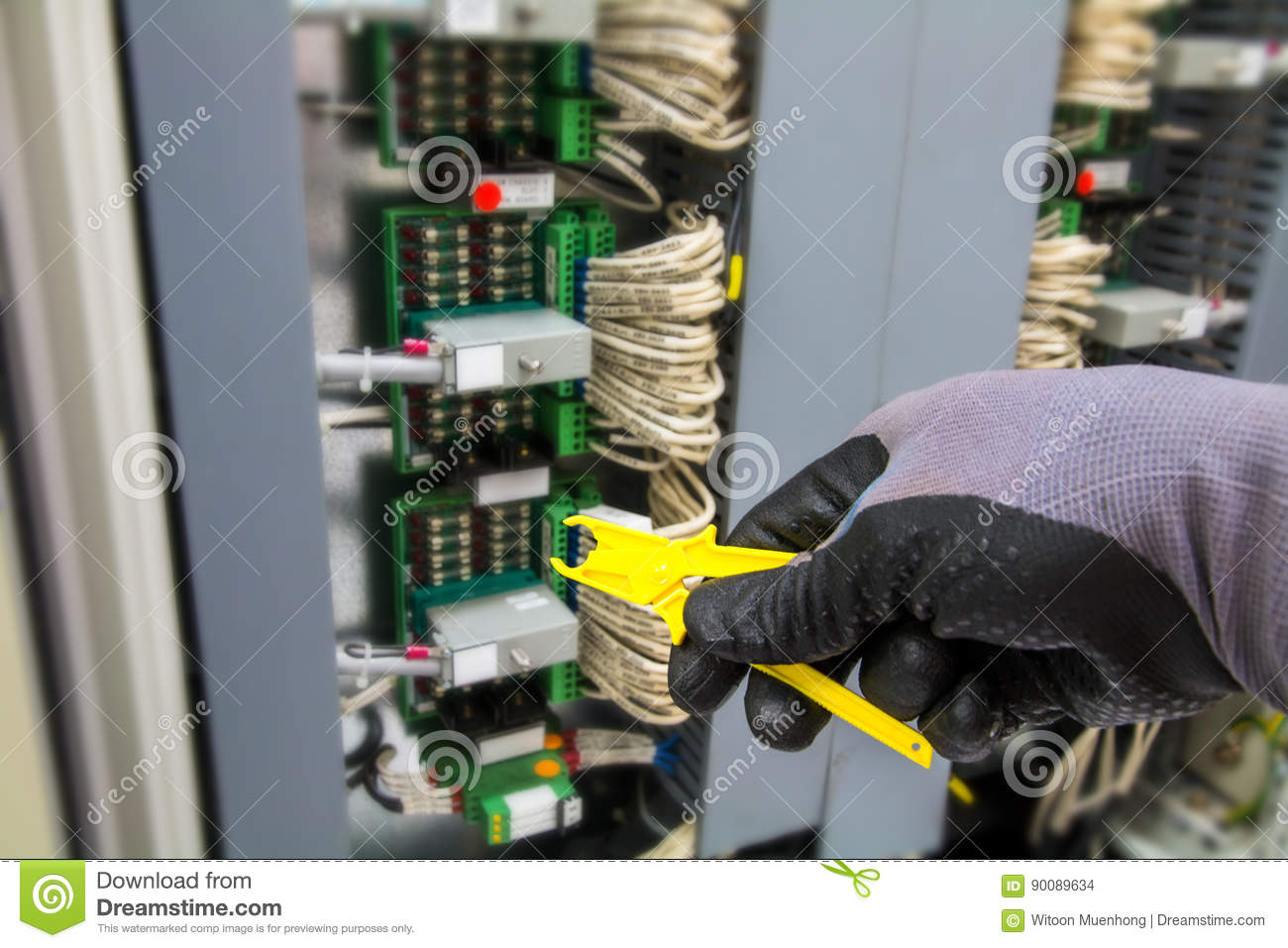 Fuse Removal Tool Hand Of Technician During Replace The In Fix Box Junction