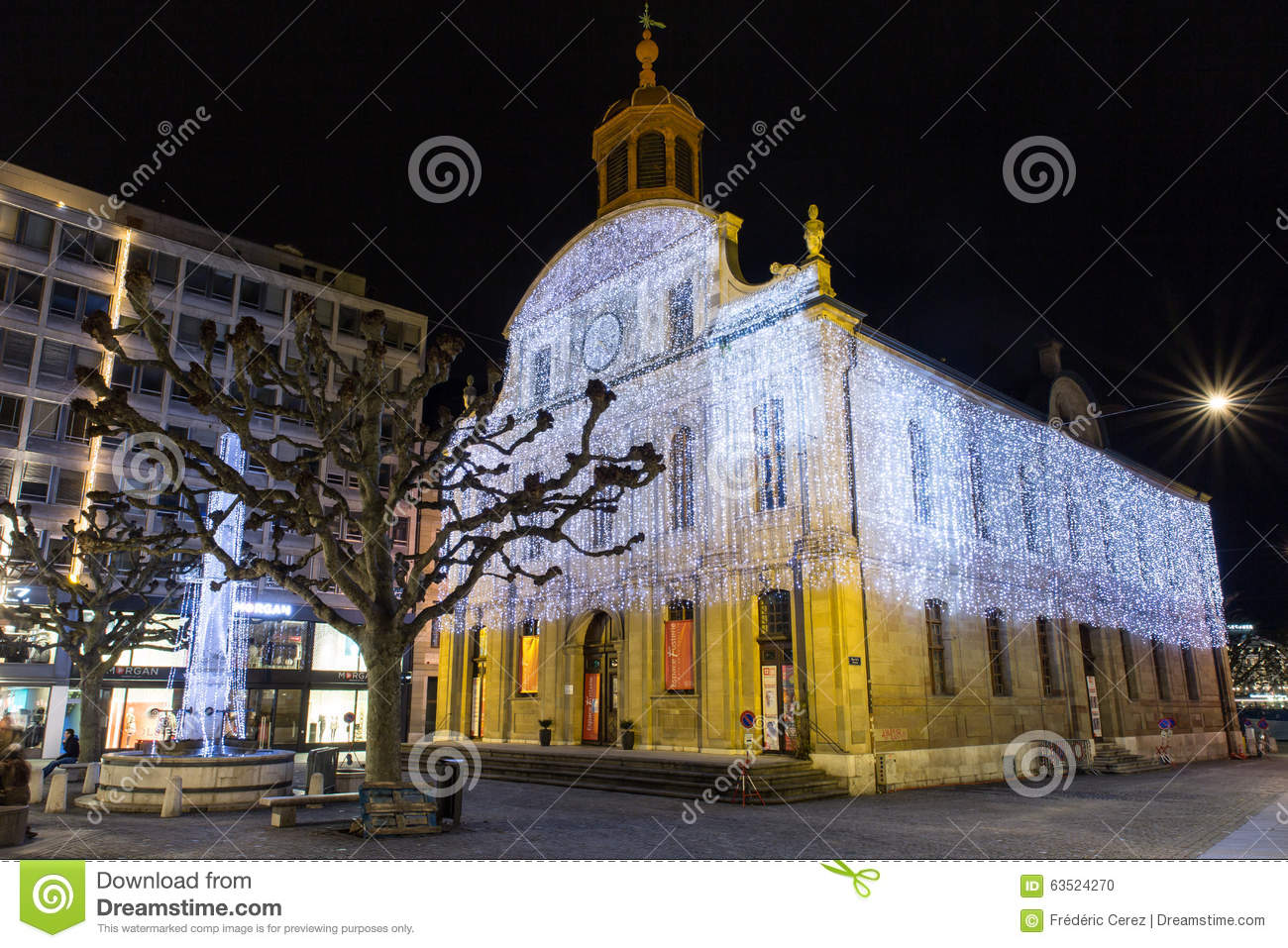 #A68125 Fusterie Temple During Christmas Season Editorial Image  5545 decorations noel geneve 1300x957 px @ aertt.com