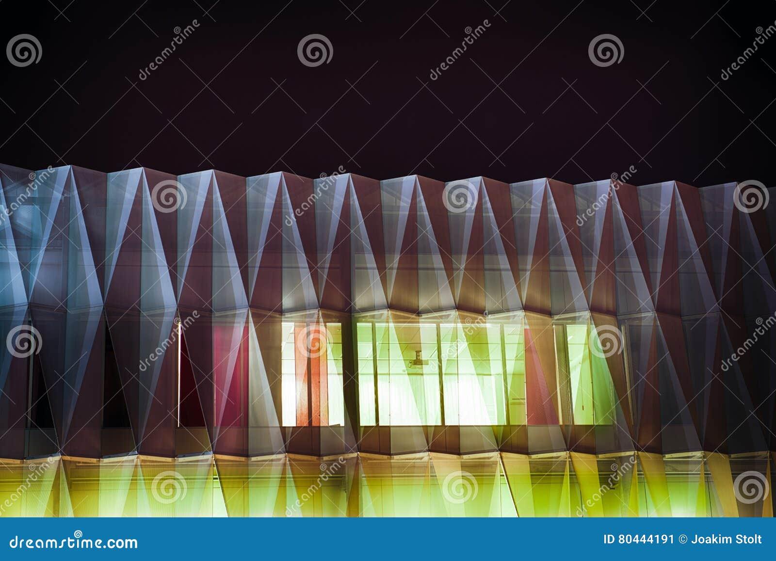 Futurystyczny budynek w abstrakcie