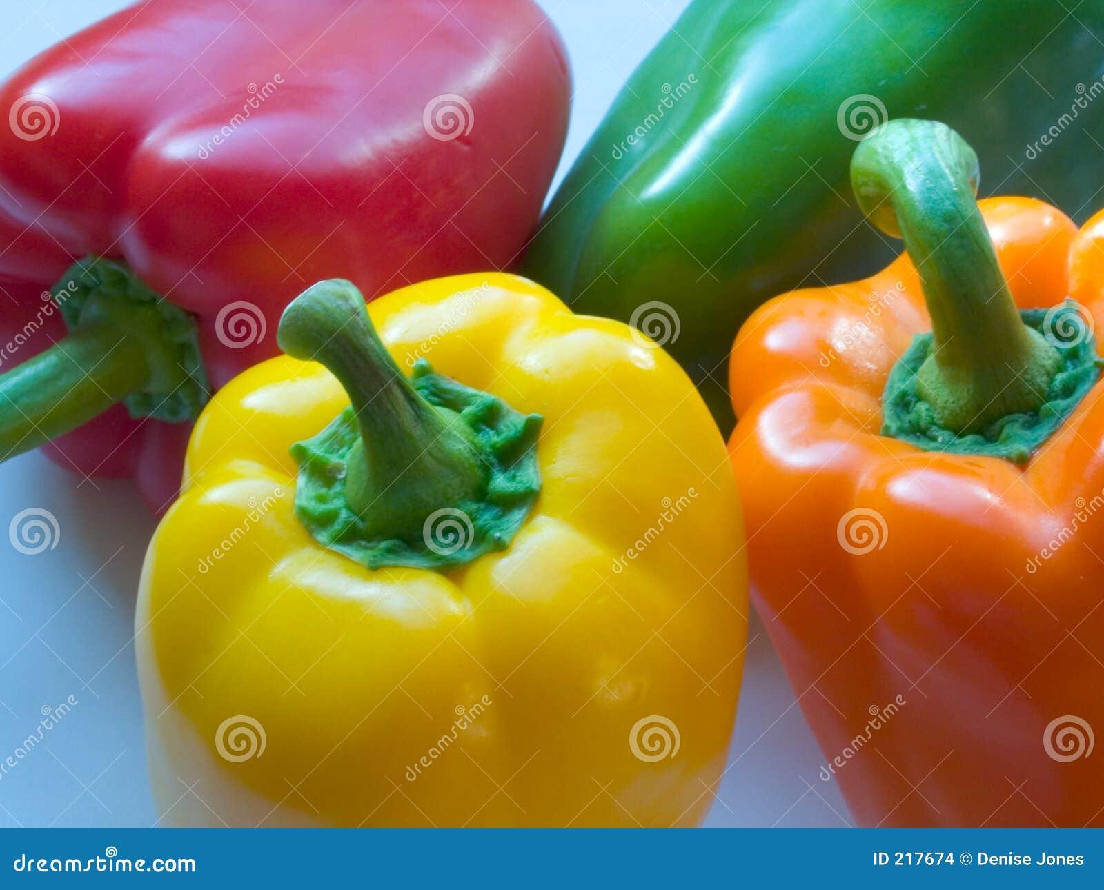 Fyra blandade peppar