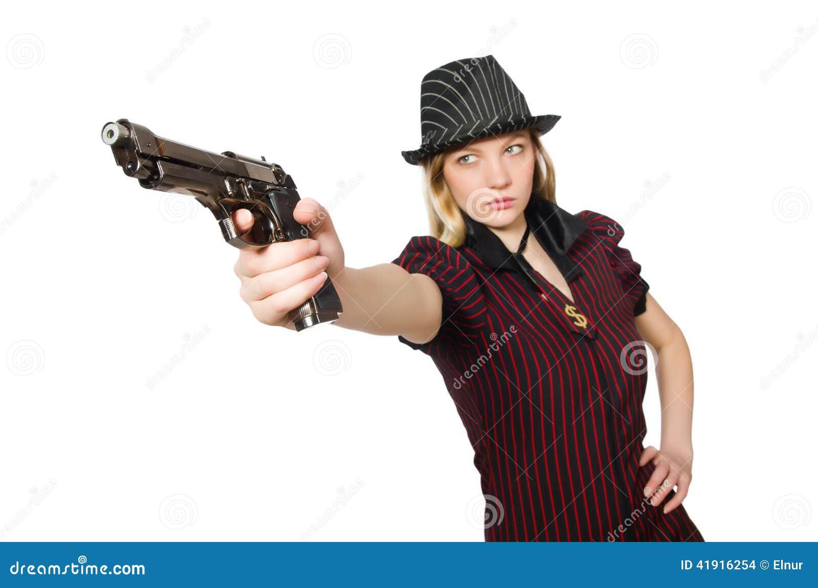 Gángster de la mujer joven con el arma