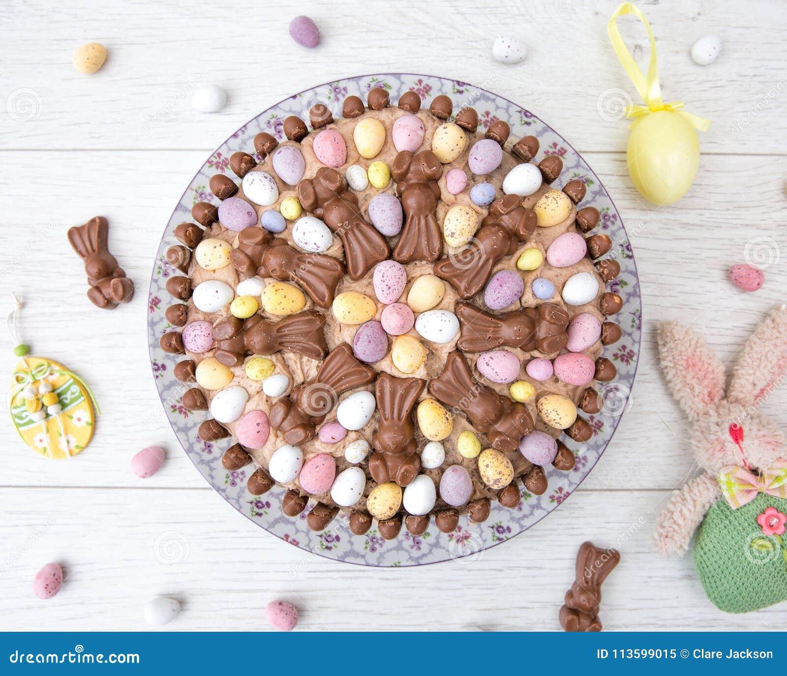 Gâteau de célébration de Pâques