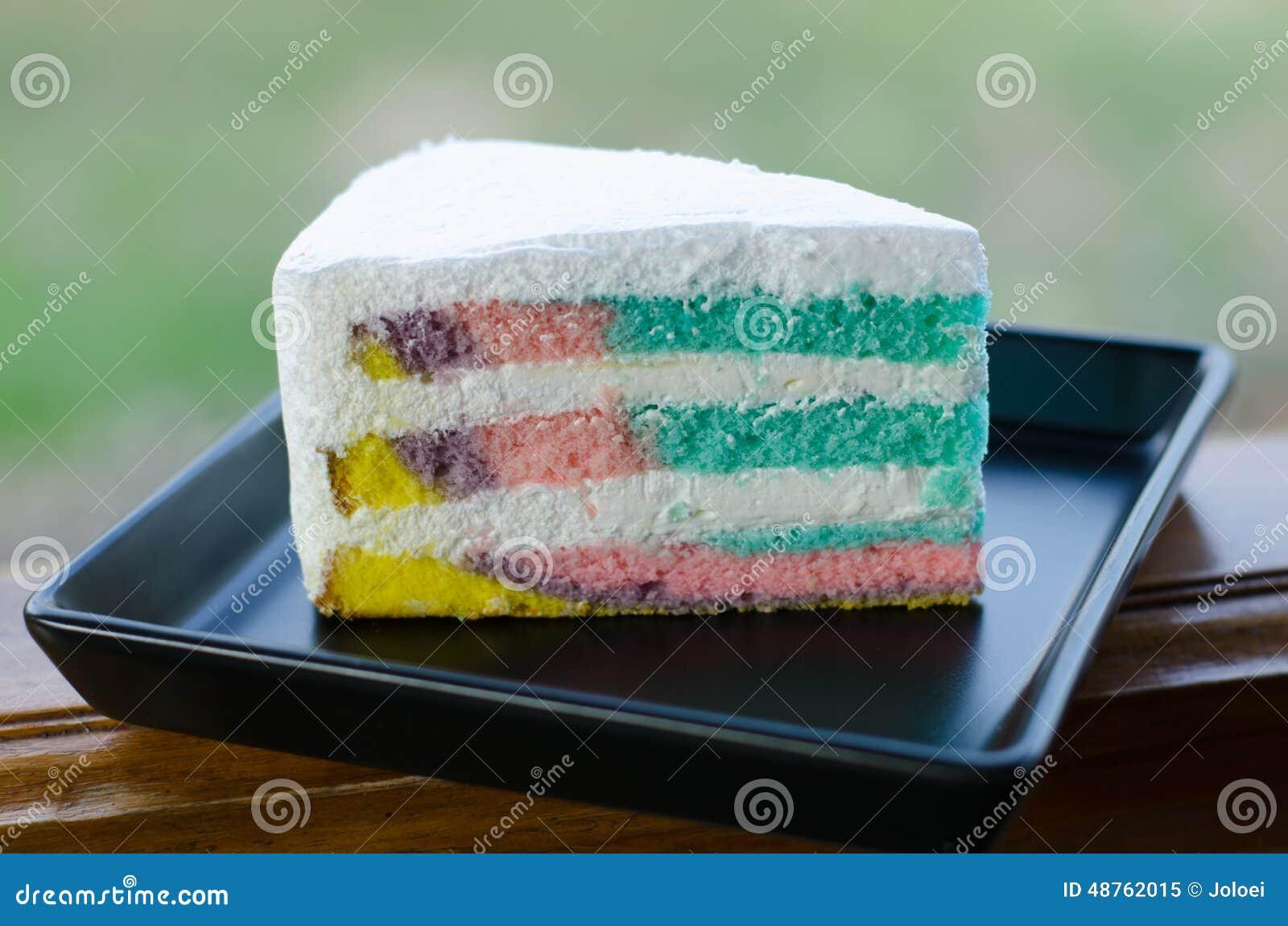 Gâteau de crêpe d arc-en-ciel