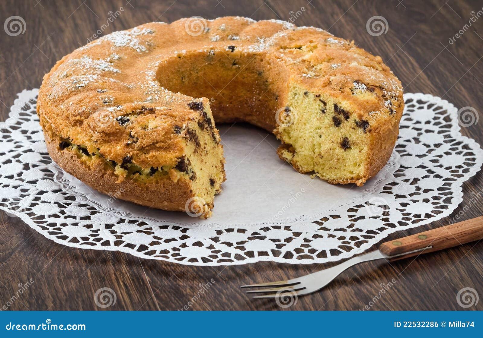 Gâteau de forme annulaire.