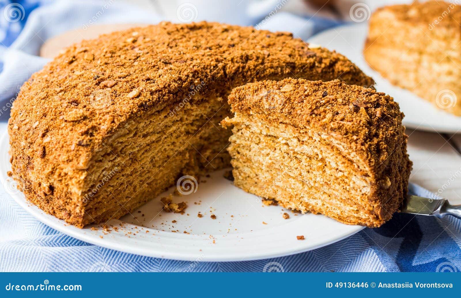 g 226 teau de miel avec l impr 233 gnation cr 232 me de tartes sabl 233 es dessert doux photo stock image