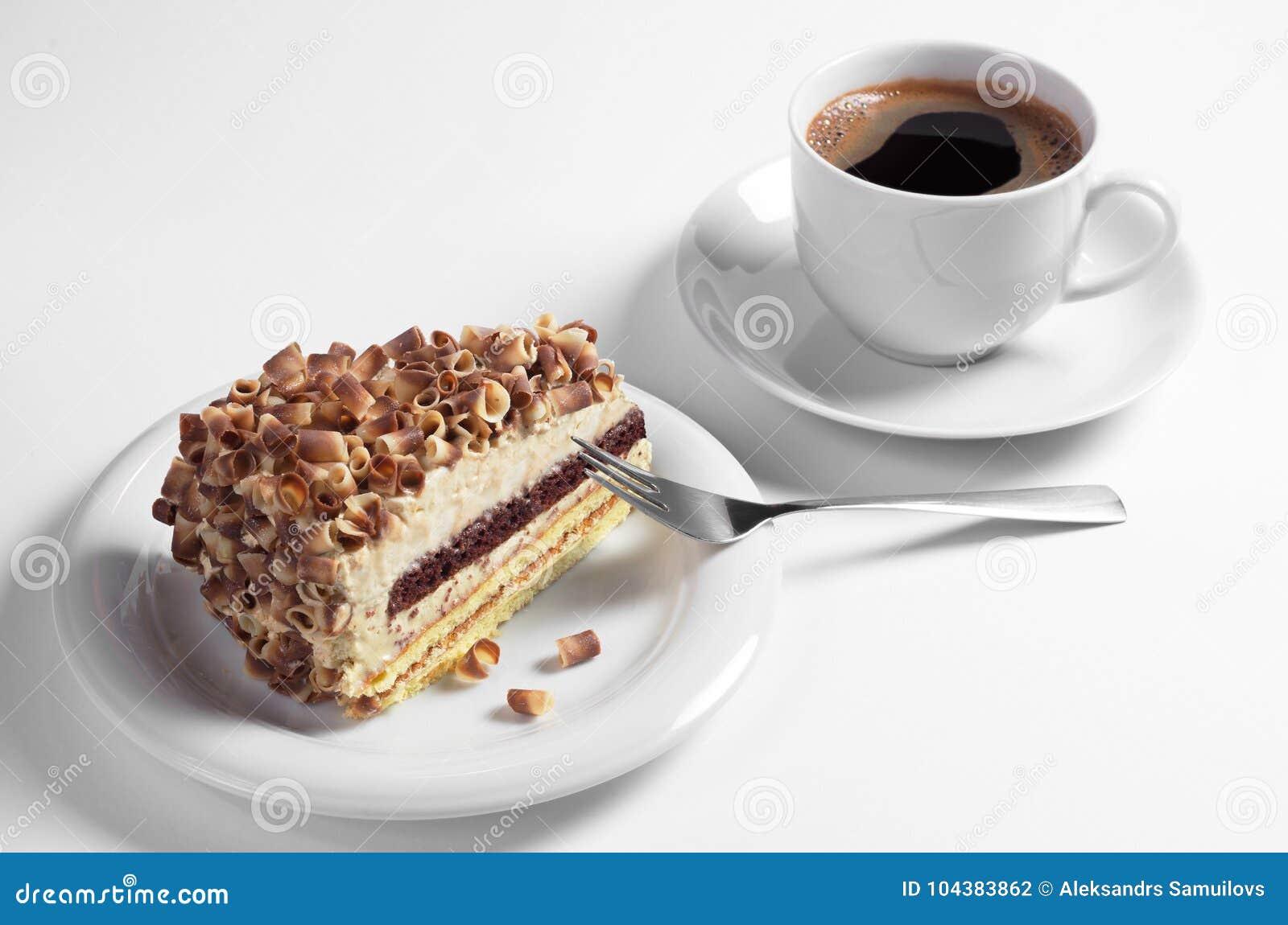 Gâteau et café crémeux