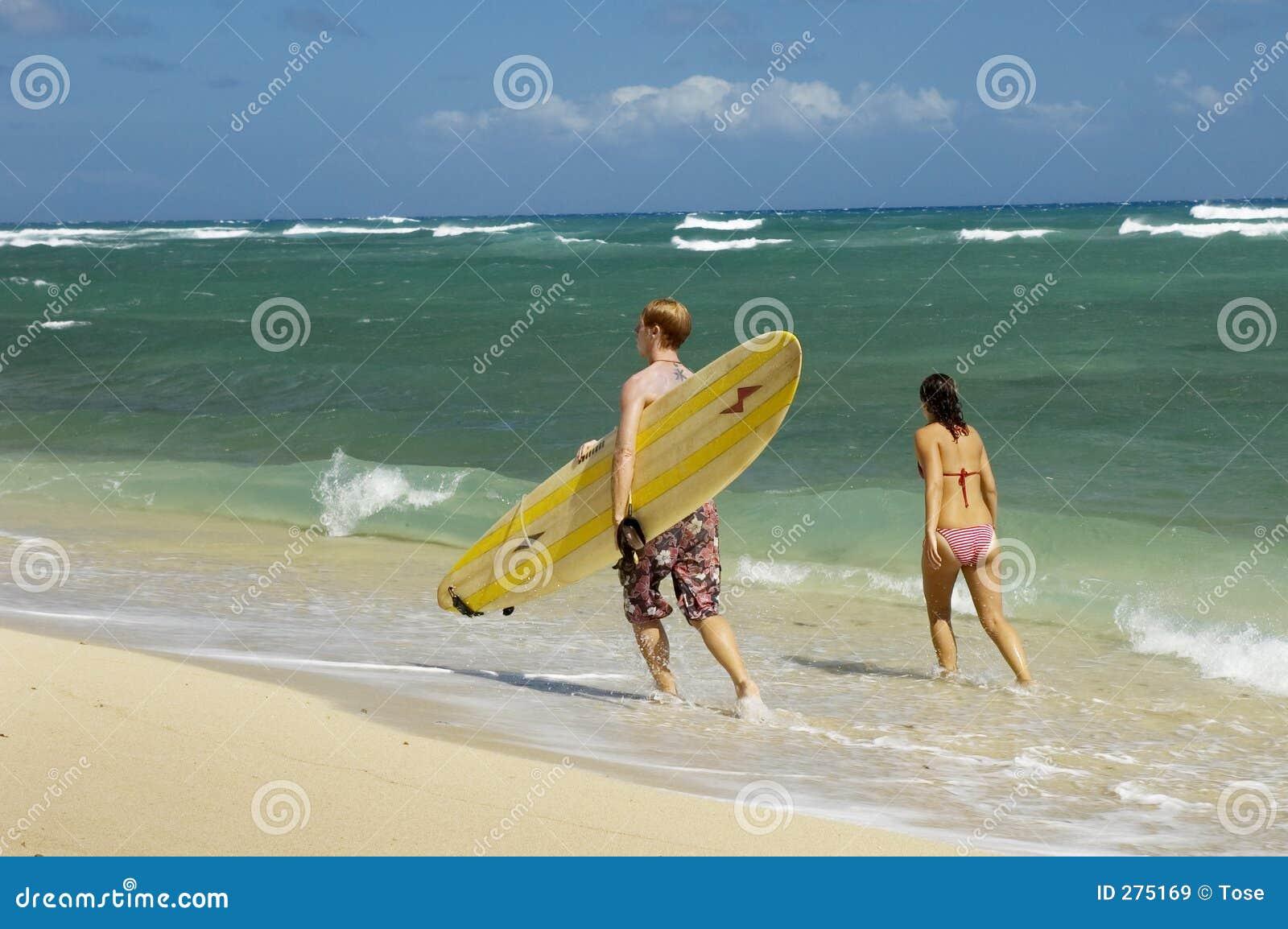 Gå för strandparsurfingbräda