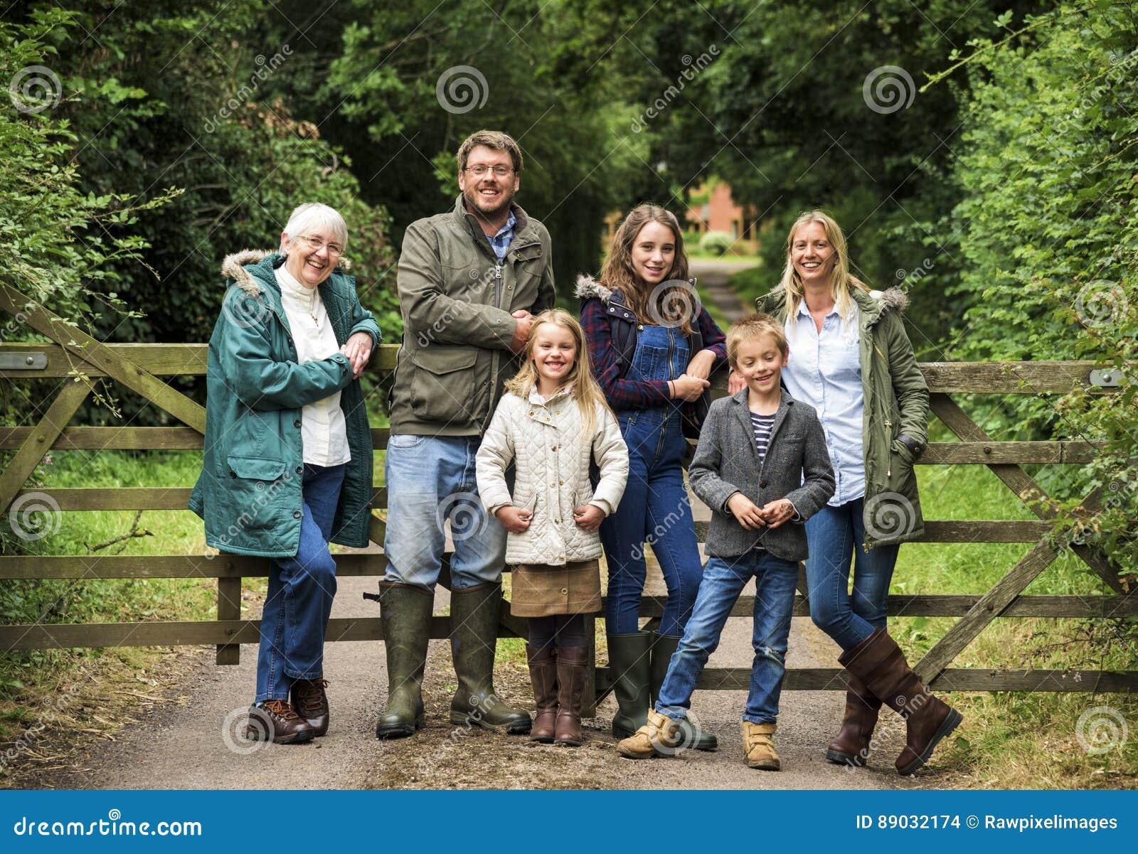 Générations de famille Parenting le concept de relaxation d unité