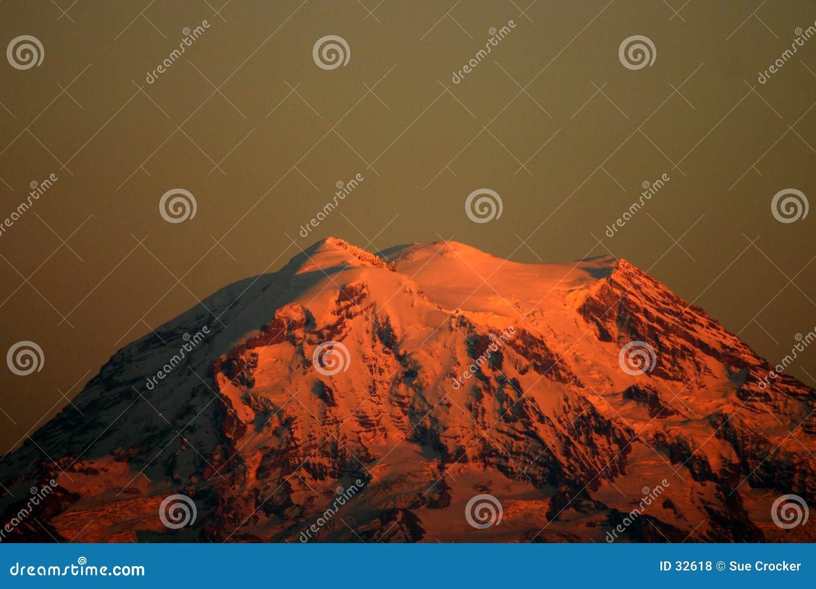 Góra deszcz słońca