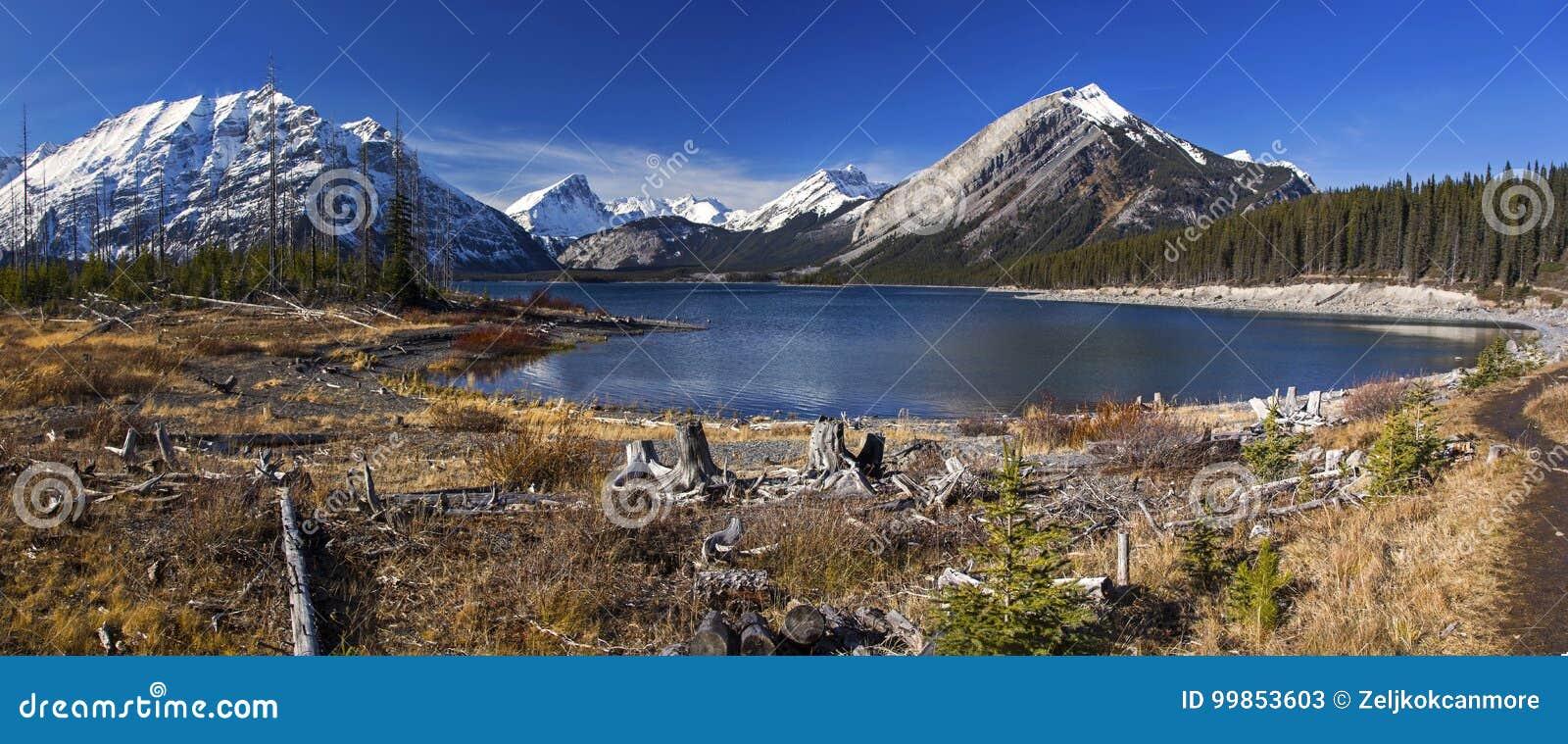 Górne Kanananskis Jeziorne Skaliste góry Kanada