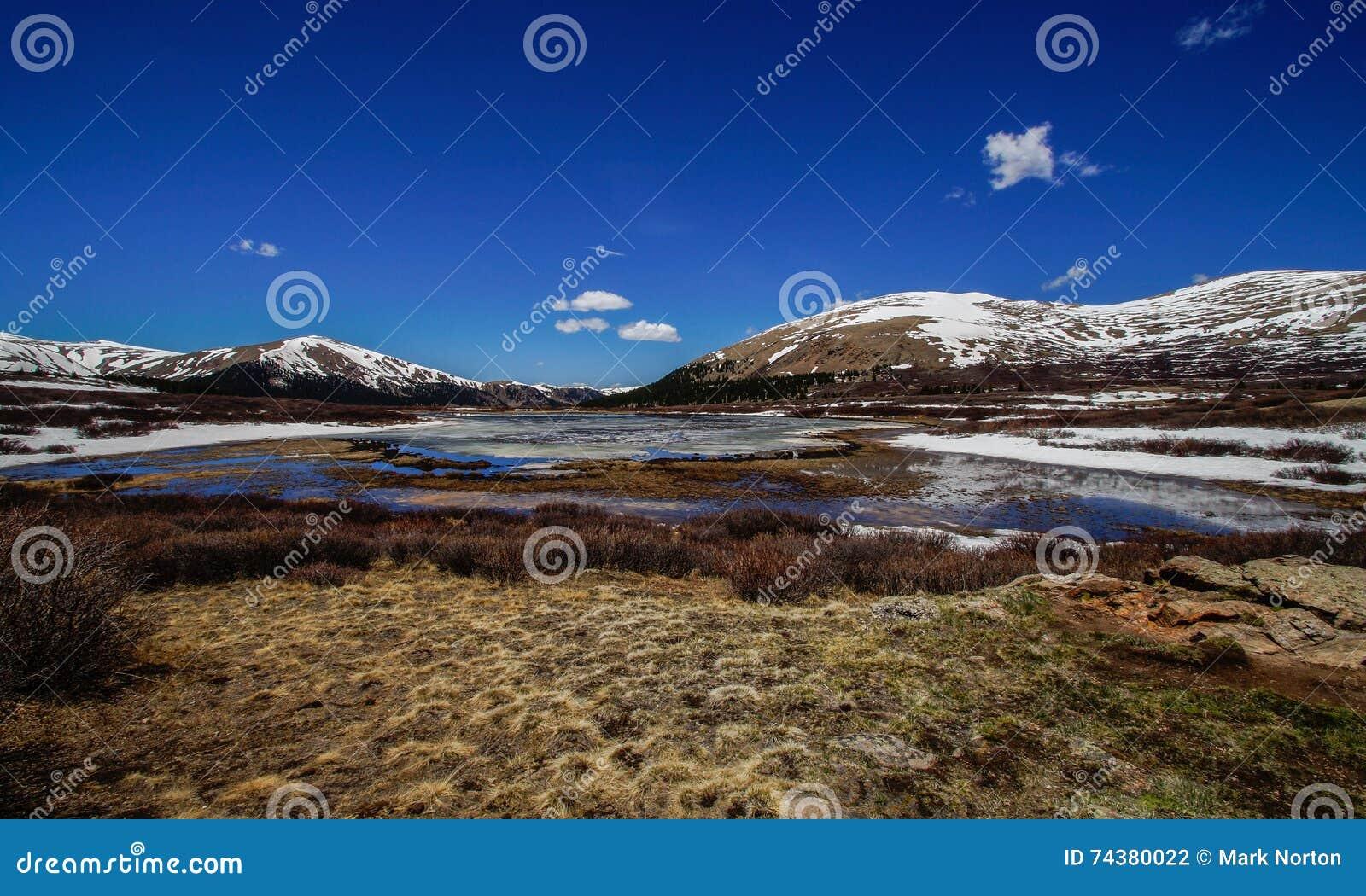 Góry Bierstadt jezioro