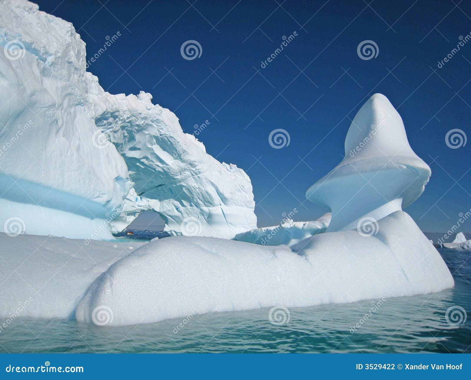 Góry lodowe rzeźby