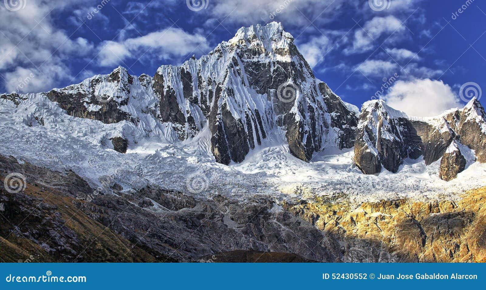 Góry Taullipampa 5830 m
