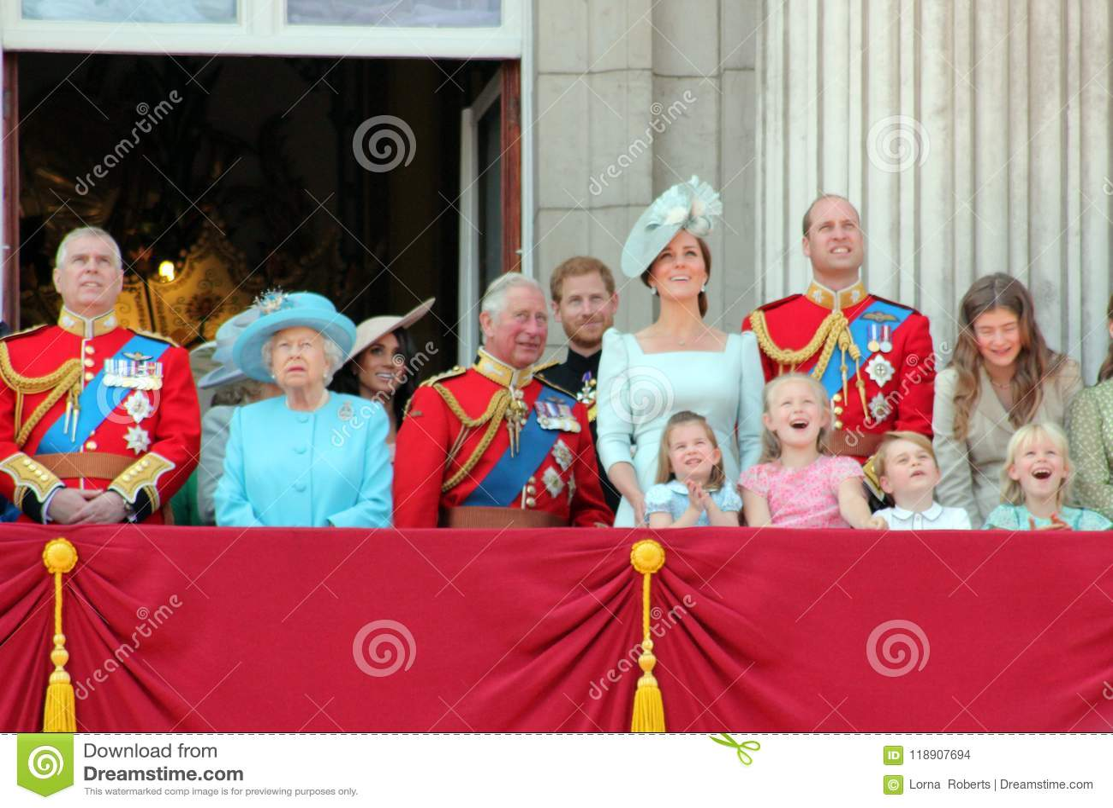 Göra till drottning Elizabeth, London, UK, 9th Juni 2018 - Meghan Markle, prinsen Harry, prinsen George William, Charles, Kate Mi