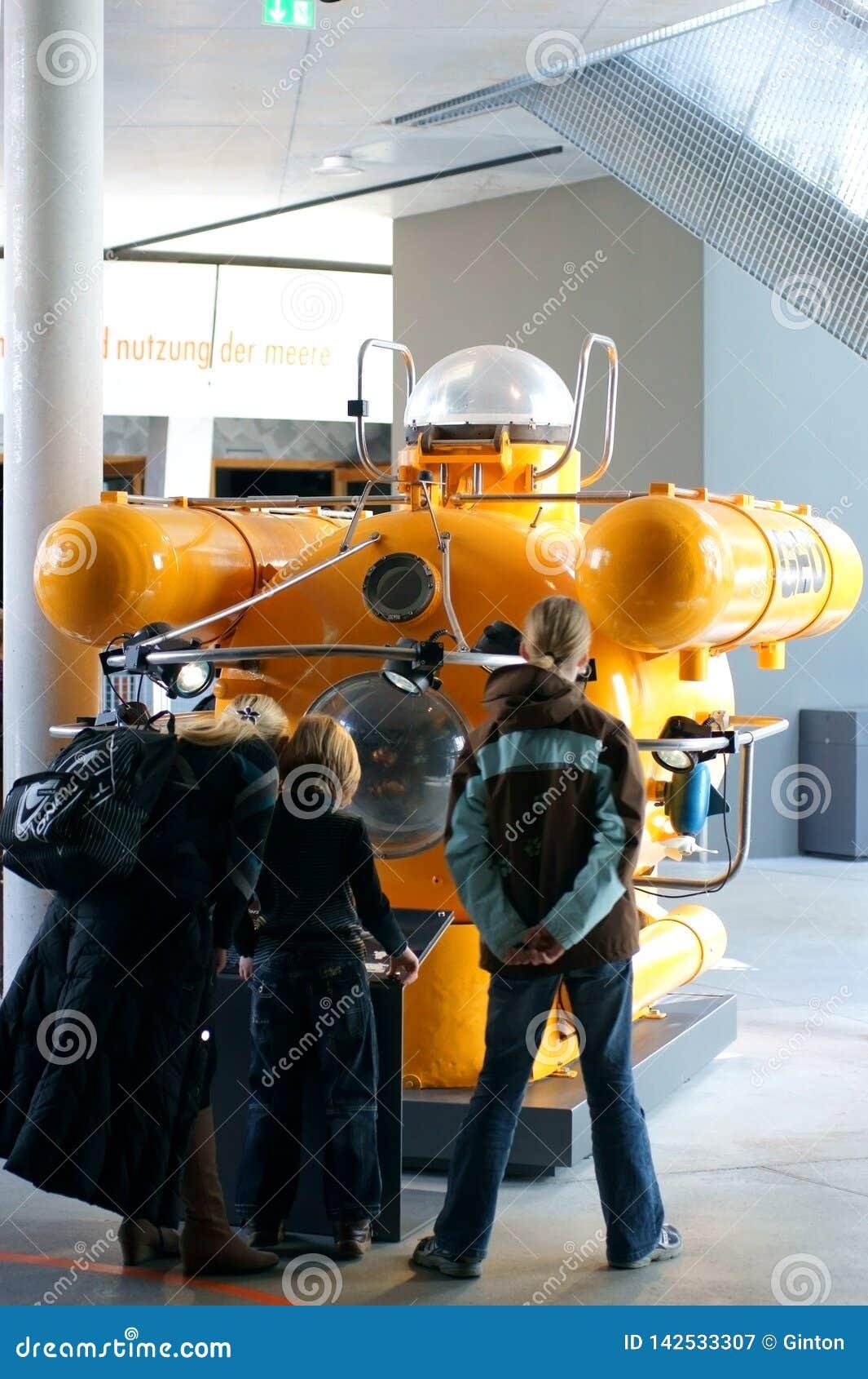 Głęboki morze podwodny łódkowaty Morski muzealny Stralsund