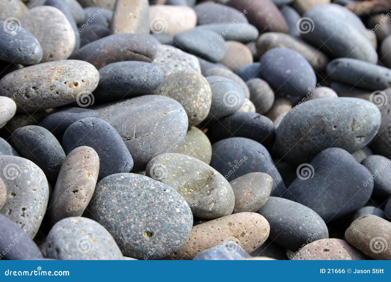 Gładkie kamienie