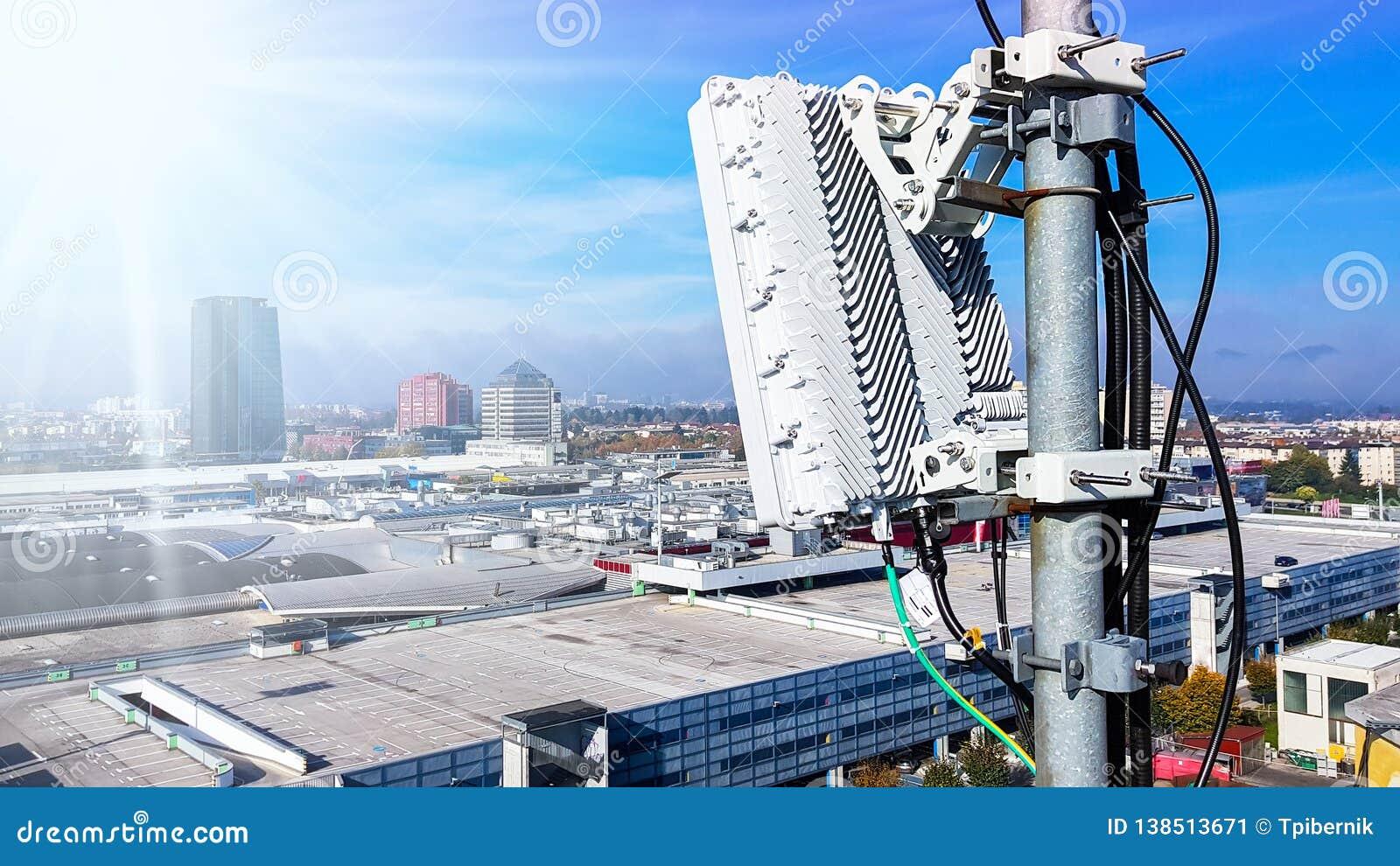 5G Mobile Telecommunication Cellular Radio Network Antenna Stock