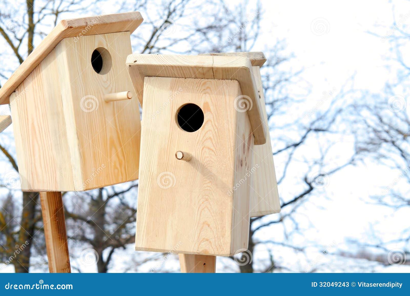 Gabbie Per Uccelli Di Legno Fotografie Stock - Immagine: 32049243