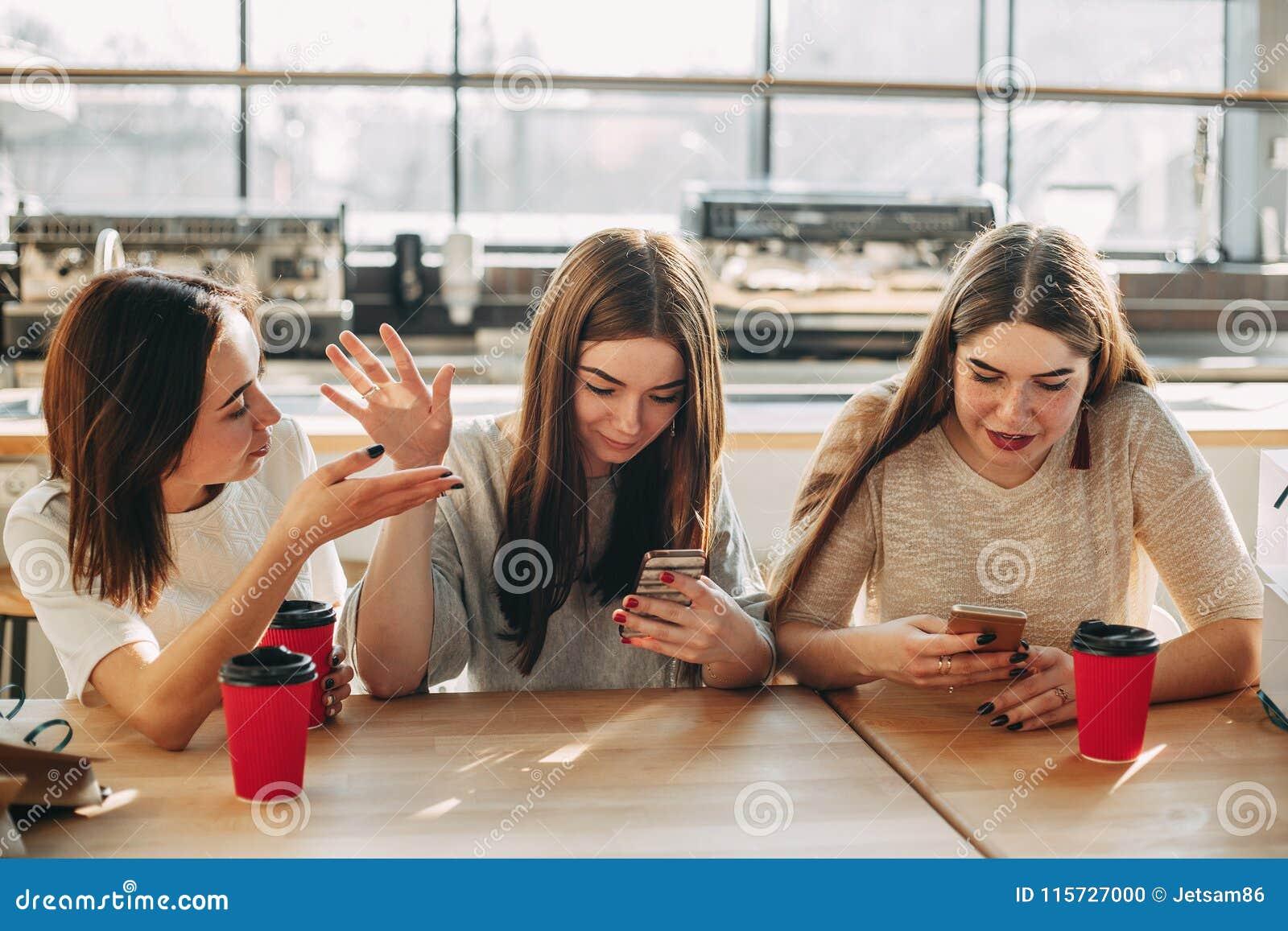 Con ella online hable Ver Hable
