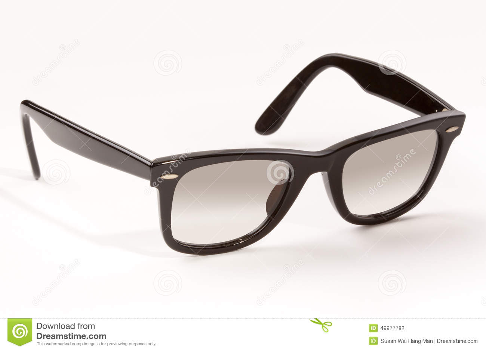 Perfecto Gafas De Sol Prohibición Medio De Bastidor Rayos ...
