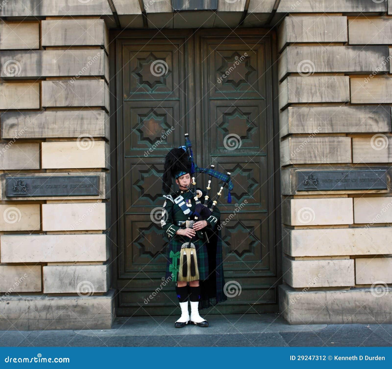 Download Gaiteiro em Edimburgo fotografia editorial. Imagem de artes - 29247312