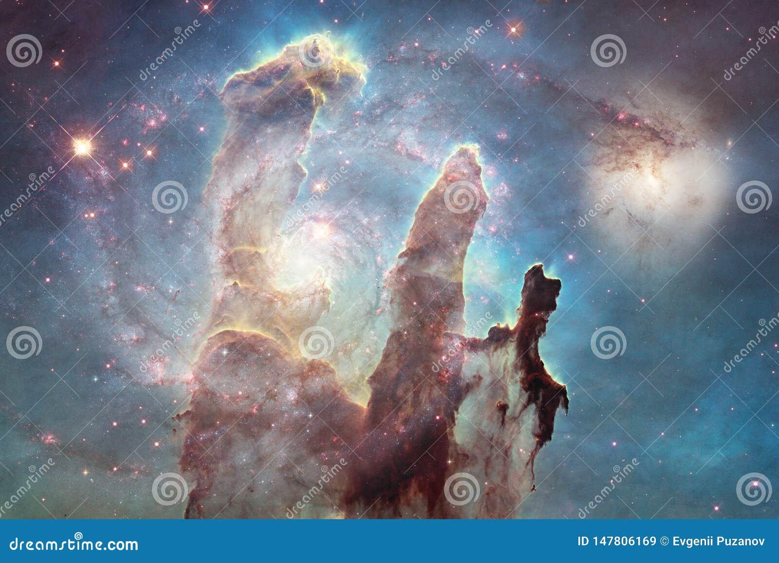 Galassia da qualche parte nello spazio profondo Bellezza dell universo