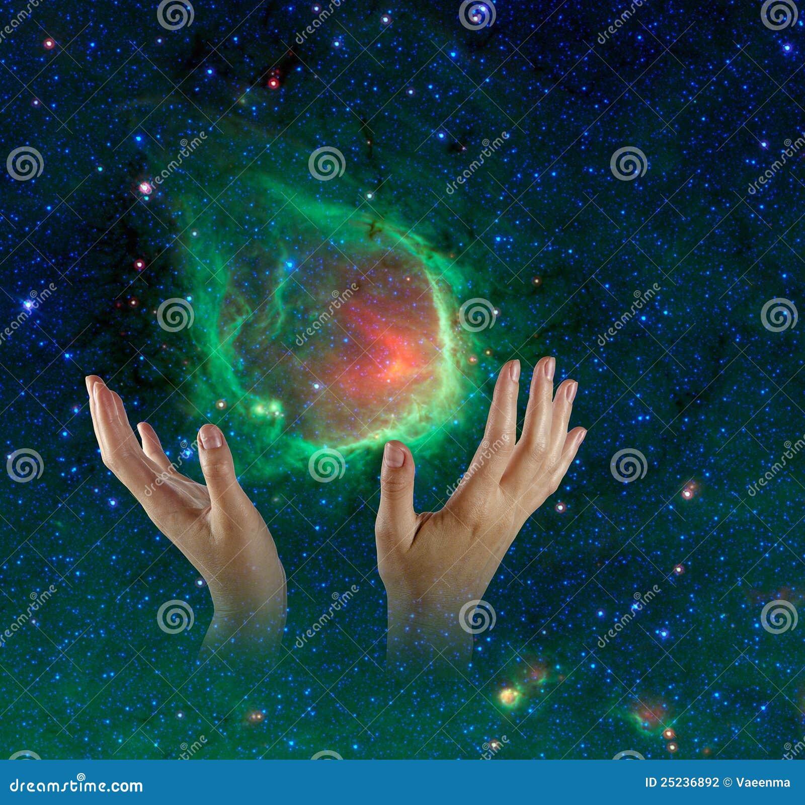 Galassia in mani.
