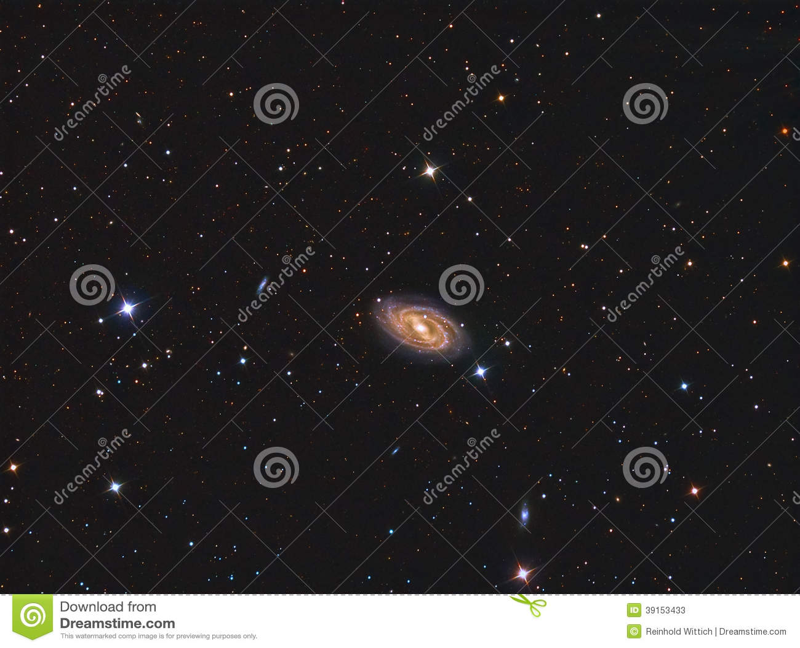Galaxia espiral barrada M109