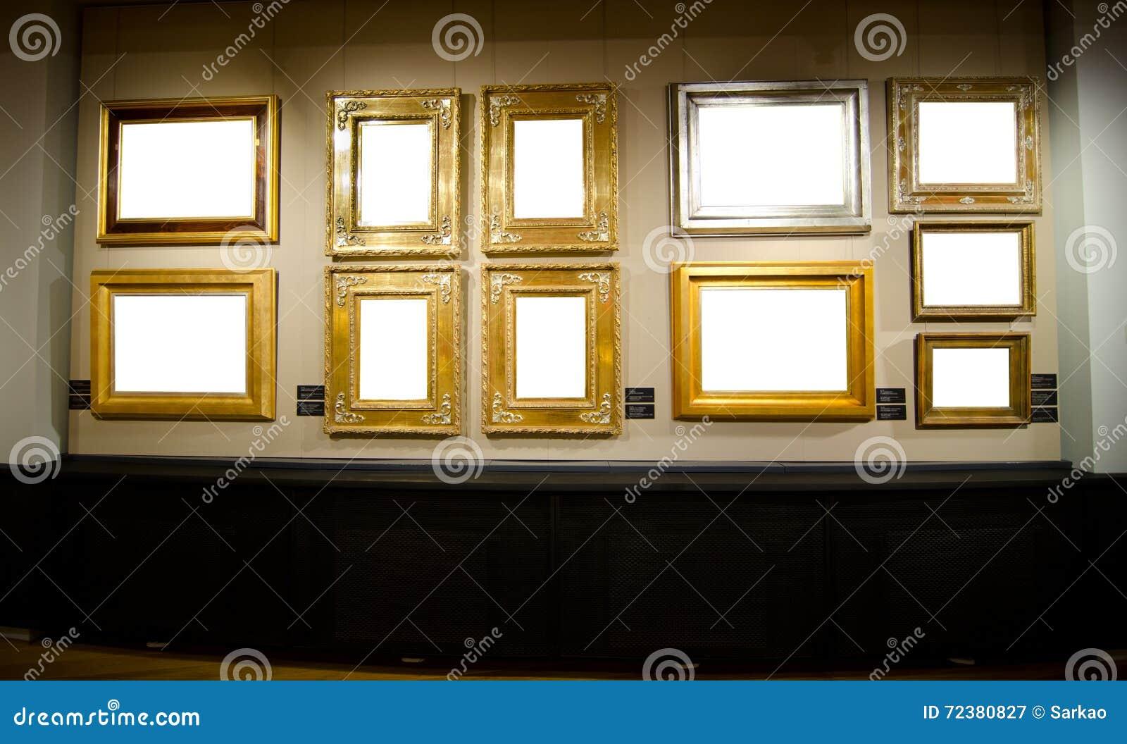 Galería Con Los Marcos Para Sus Imágenes Imagen de archivo - Imagen ...