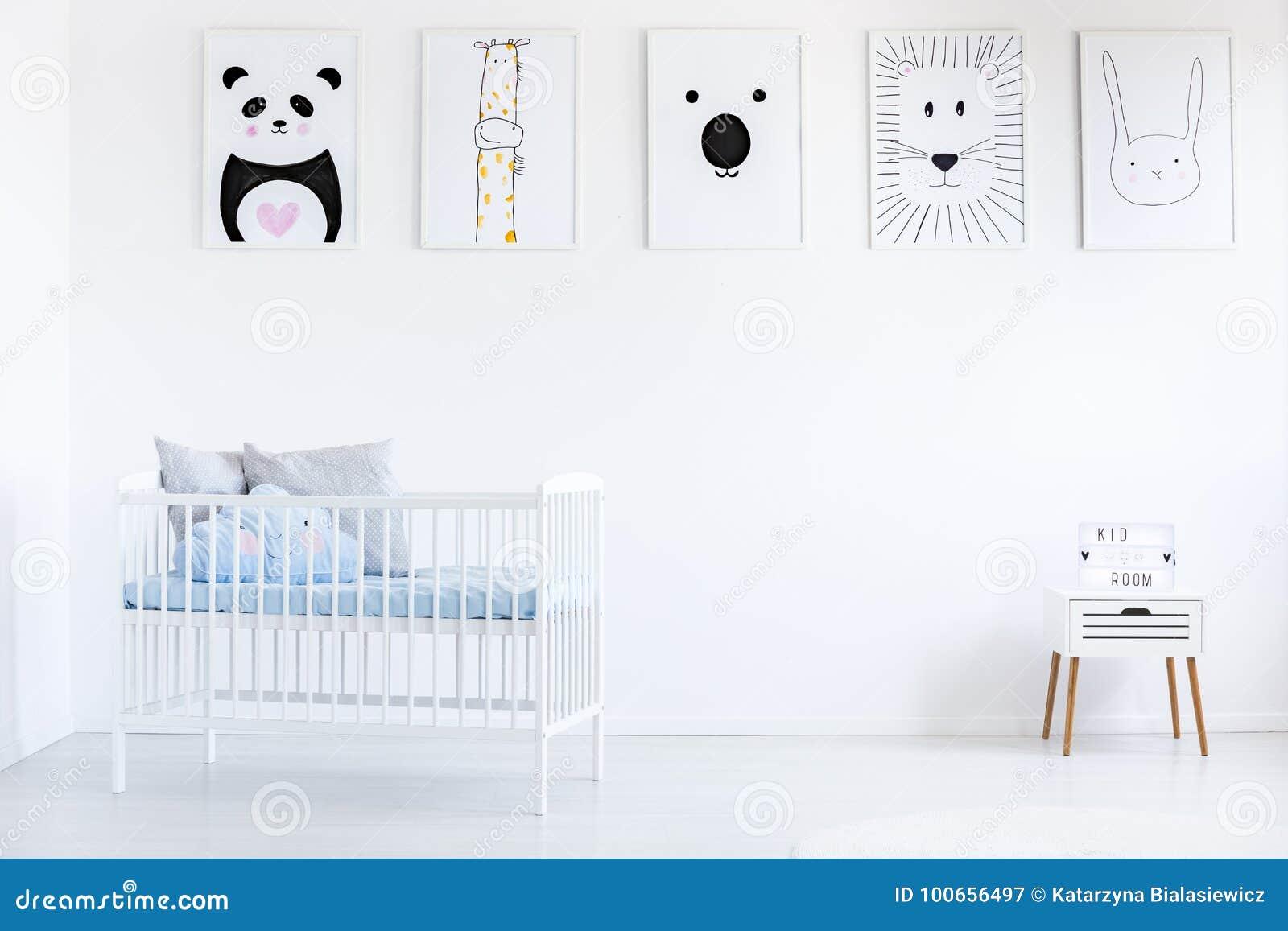 Galerie dans la chambre à coucher du ` s de garçon